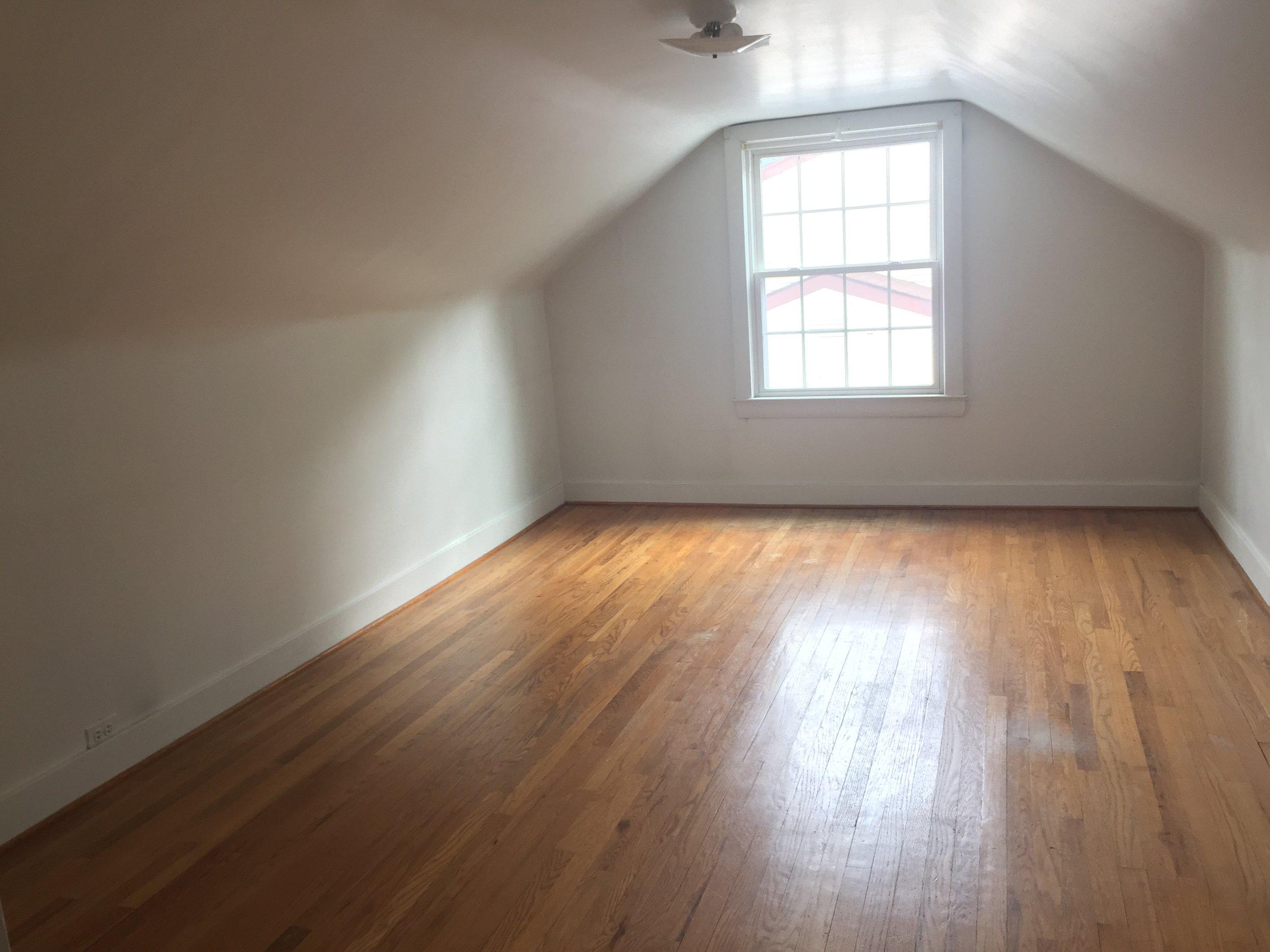 Second floor, second bedroom