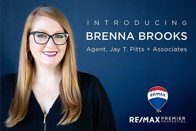 💥💥 ANNOUNCEMENT 💥💥 Brenna is now a licensed Realtor in the state of Kentucky!! All these years of flipping houses, and she's finally gone full-time in real estate! 🏡 If you or anyone you known is considering buying or selling in Louisville or surrounding areas, please contact me - I would be honored to earn your business and work with you! I may be a new agent but I have almost 7 years' experience buying and selling homes as an investor - and I've seen a LOT of homes 😂 👉 In addition to being a licensed Realtor, I'm also doing design consults and client design projects! I specialize in renovation design and planning but can help with just about anything (just not draperies. I hate draperies). Consults are $250, usually last about 2 hours and we can talk through anything you want. Layout for finishing out a basement, paint colors, what fixtures to buy, saving up for a kitchen reno, you name it. Design projects are priced individually depending on the work requested. . . . . #house #home #louisville #kentucky #louisvillerealestate #girlboss #realestate #realestateinvestor #louisvilleky #mylouisville #sharelouisville #todayswomanmagazine #kentuckykicksass #igerslouisville #remodel #renovation #restoration #interiordesign #homedecor #ighome #designersofinstagram  #designinspiration #realtor