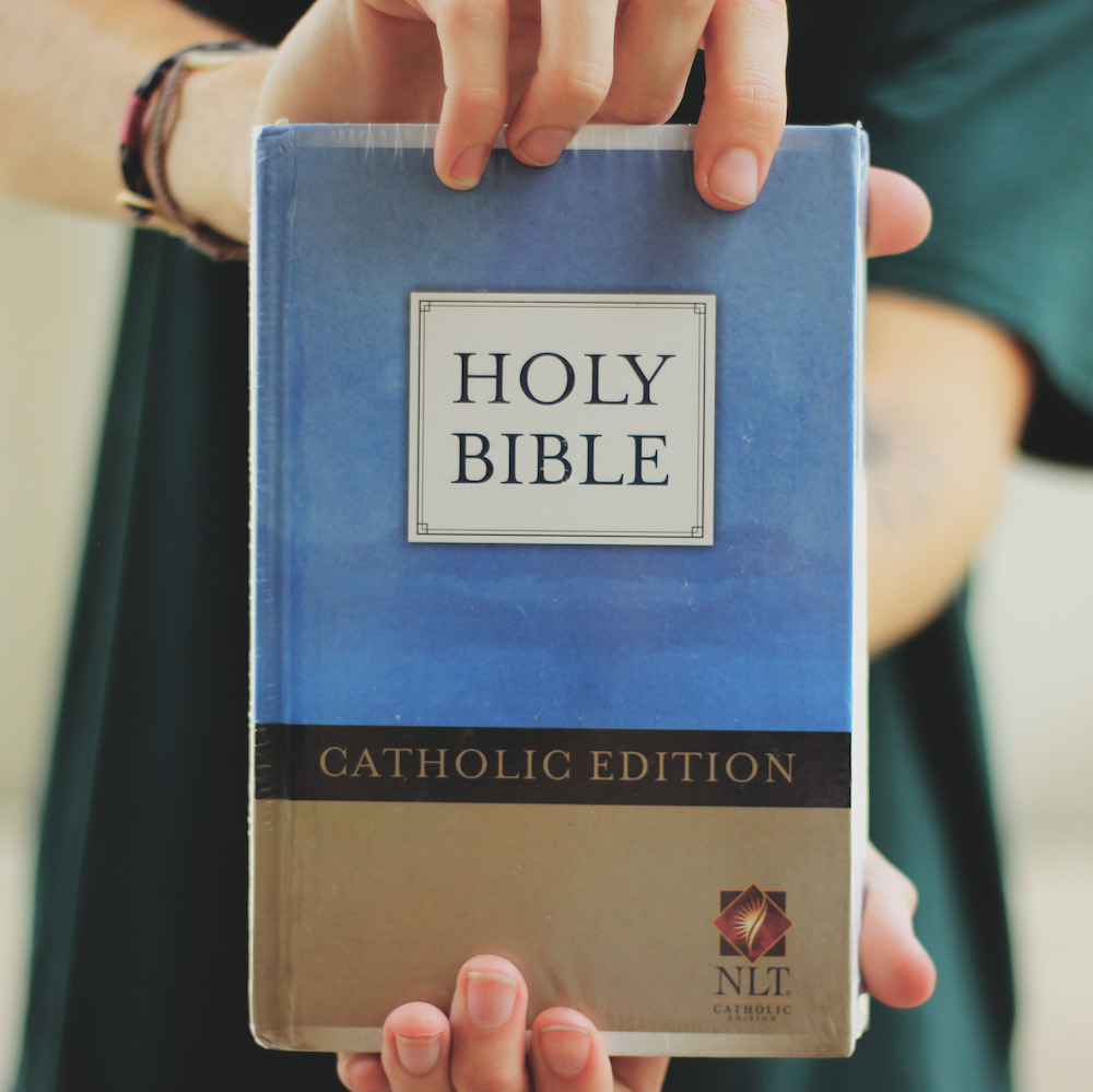 Catholic Bible - New Living Translation: Catholic Edition