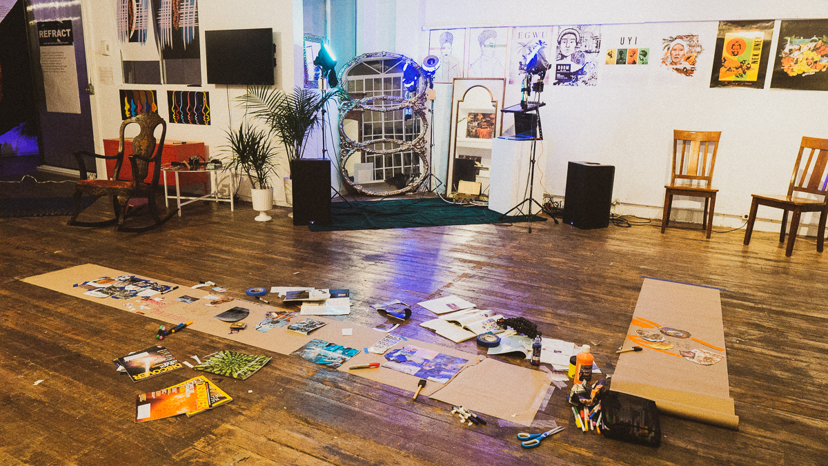 E.Reid's Nova Portals set-up and mirror installation.