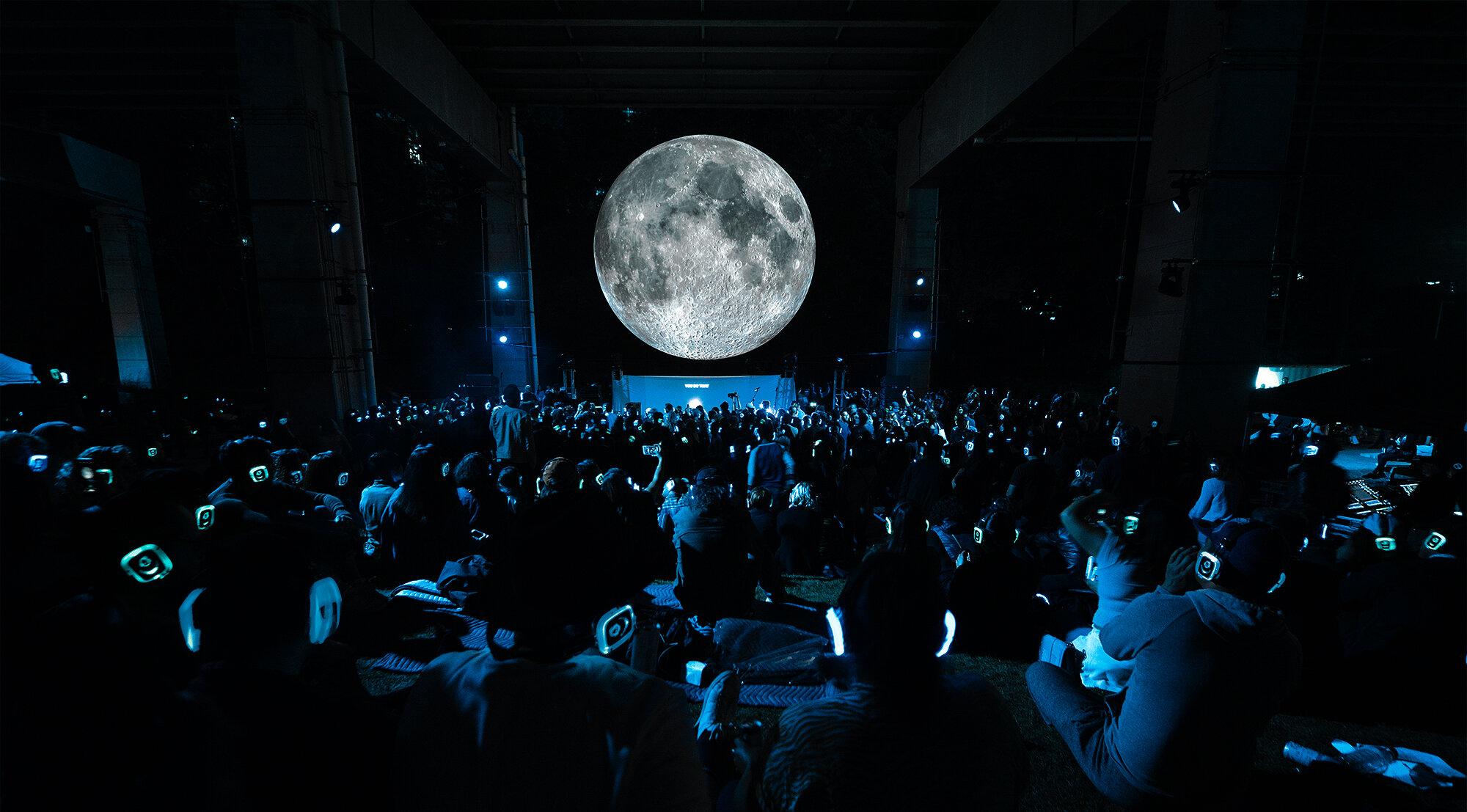 Moon Merge -