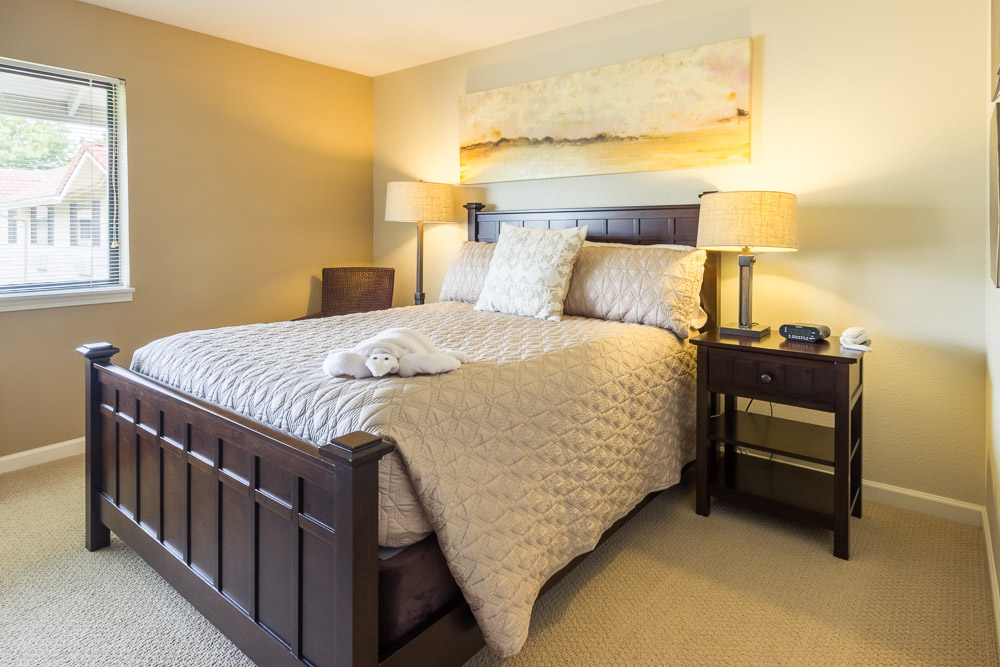 Pro Real Estate Photo of Bedroom
