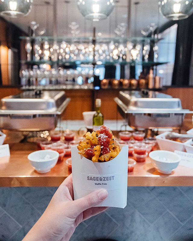 In Celebration of National French Fries Day, @thompsonsquarestudios members enjoyed a fry bar inclusive of a variety of toppings, seasoning and dipping sauce! ⠀⠀ Bon Appétit! . . .  #thompsonhousegroup #thompsonsquarestudios #soho #sohonyc #coworkingspace #coworkingnyc #elevated #workspace #happyhournyc #eventplanning #luxuryeventspace #community #officegoals #elevated #luxury #luxurylifestyle #luxuryevents #private #membersclub #membersonly #prettycitynewyork #seeyourcity #nycgo #timeoutnewyork #sohonyc