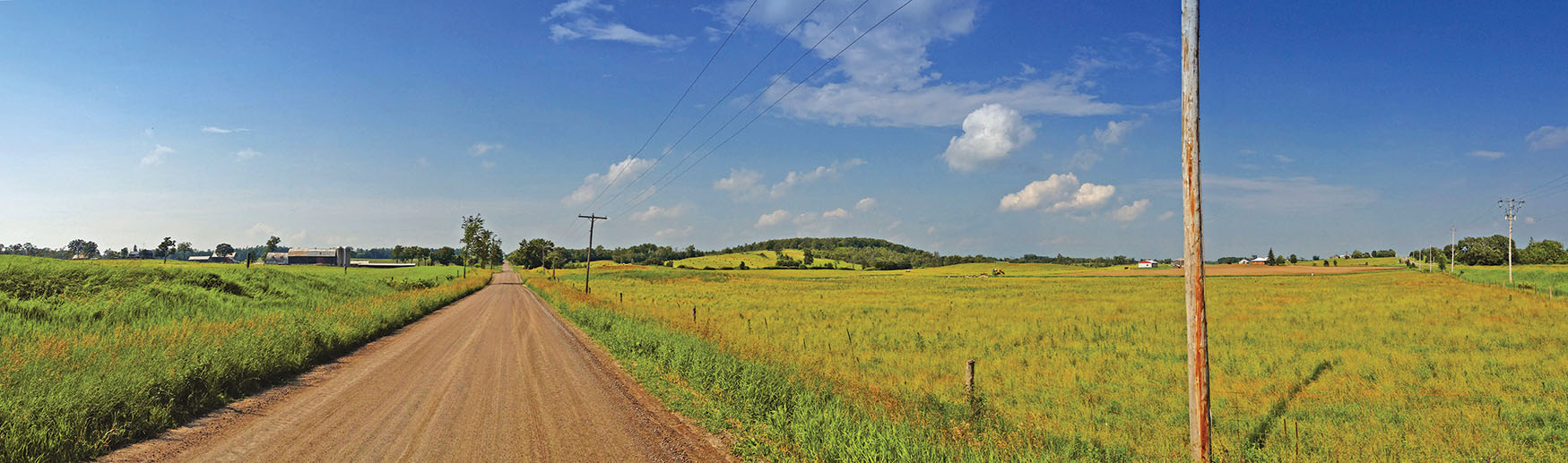 Vast vistas of farmland make the drive in to town an enjoyable experience. Photo by Teddy Ryan