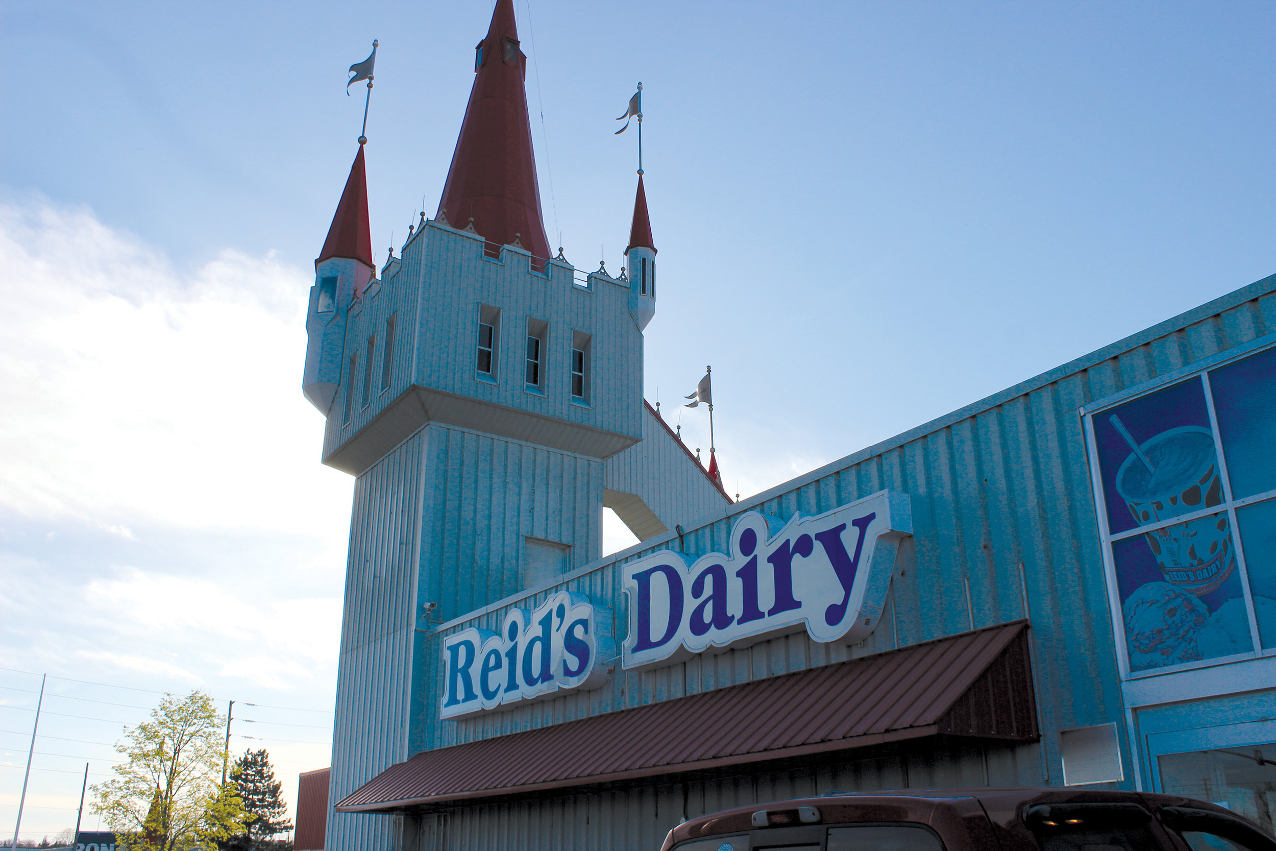 This unmistakable tower indicating the Reid's Dairy outlet is a particular Belleville favourite stop. Photo by James Kerr.