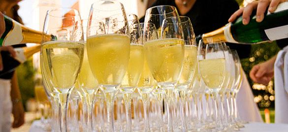 wine-for-your-wedding.jpg