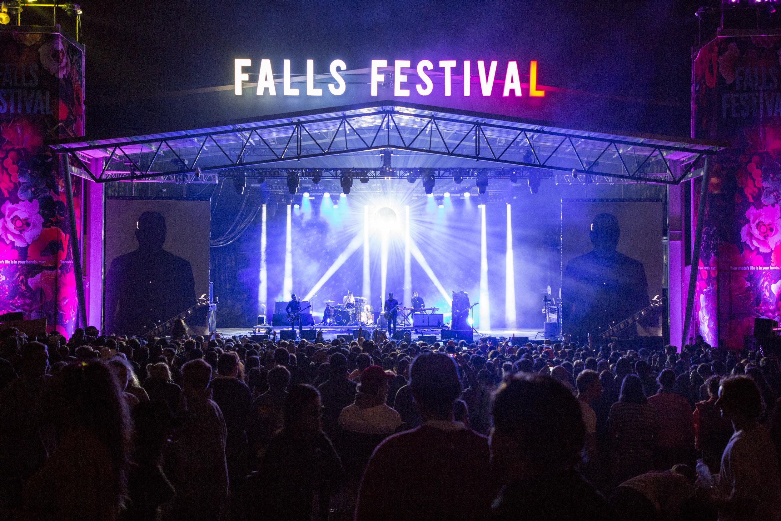 20_interpol_fallsfestival_18-19-5.jpg