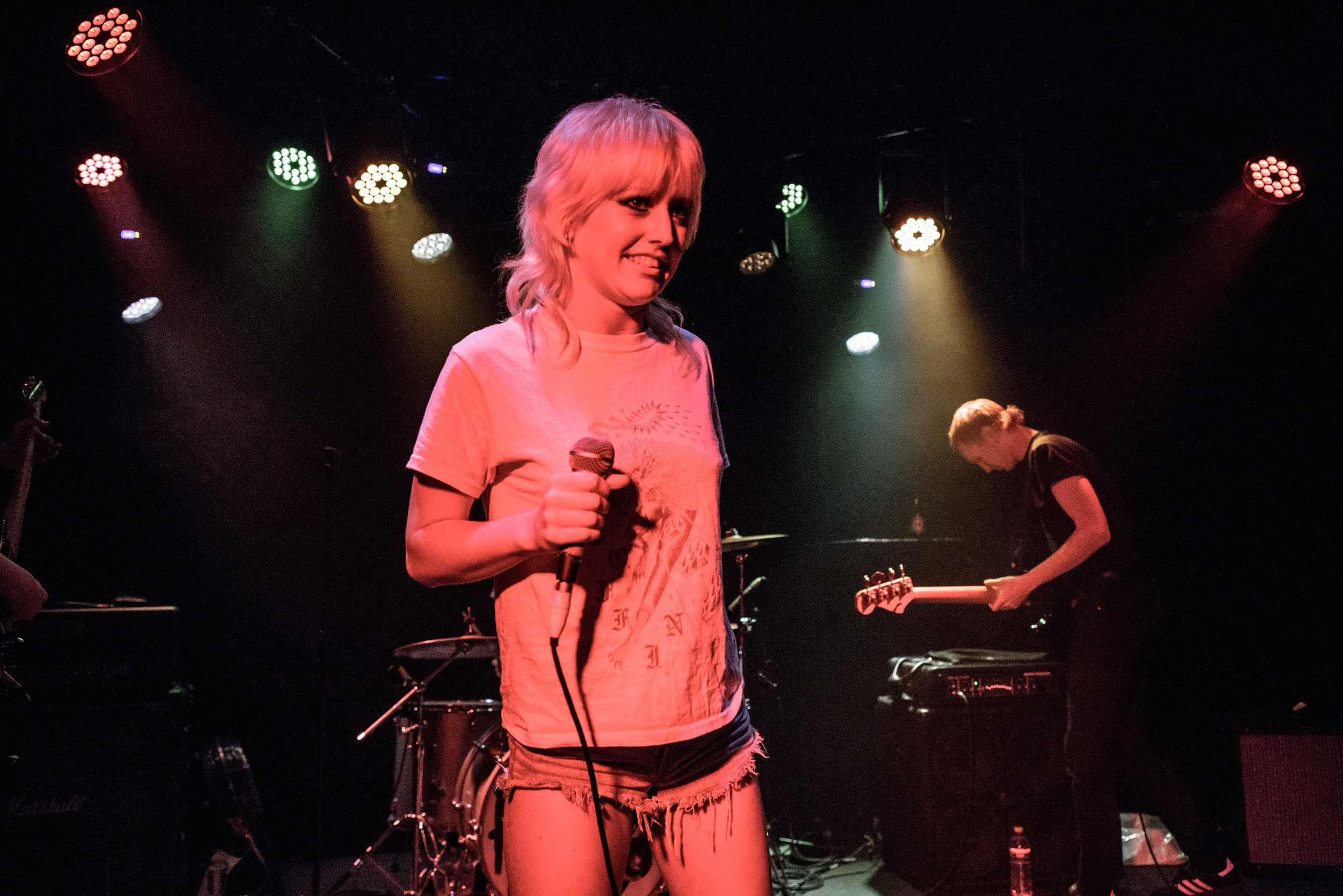 amyl&thesniffers_thecurtin_151218-2.jpg