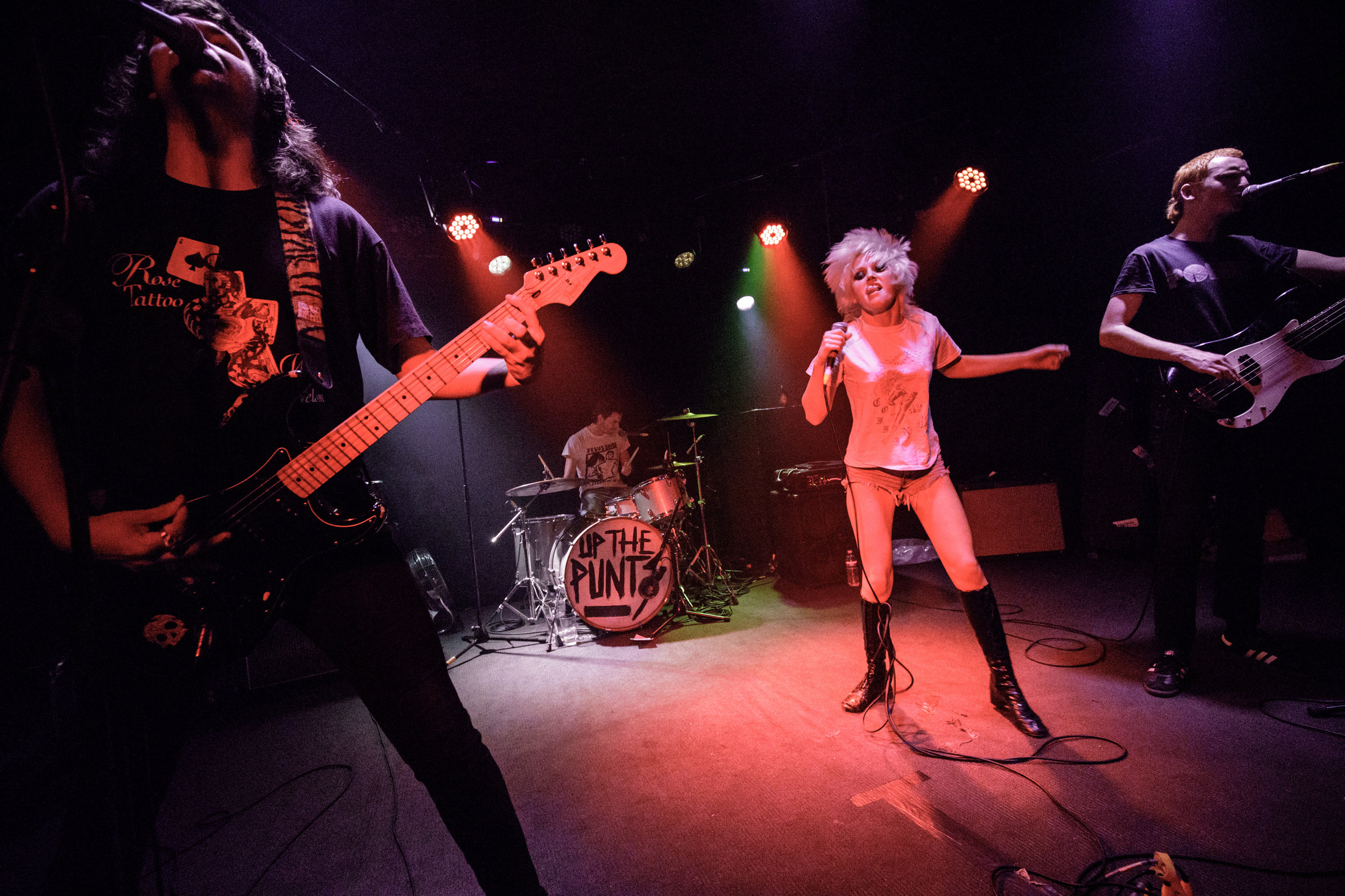 amyl&thesniffers_thecurtin_151218-10.jpg