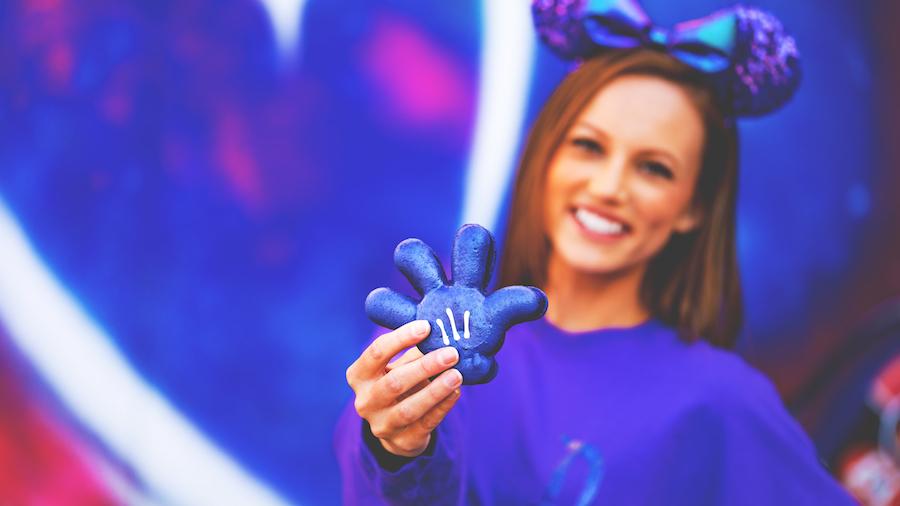 Purple Glove Macaron   Disneyland Park, Jolly Holiday Bakery Café; Disney California Adventure Park, Clarabelle's Hand Scooped Ice Cream/Fiddler, Fifer & Practical Café  With blackberry and currant buttercream and blackberry-currant jam center