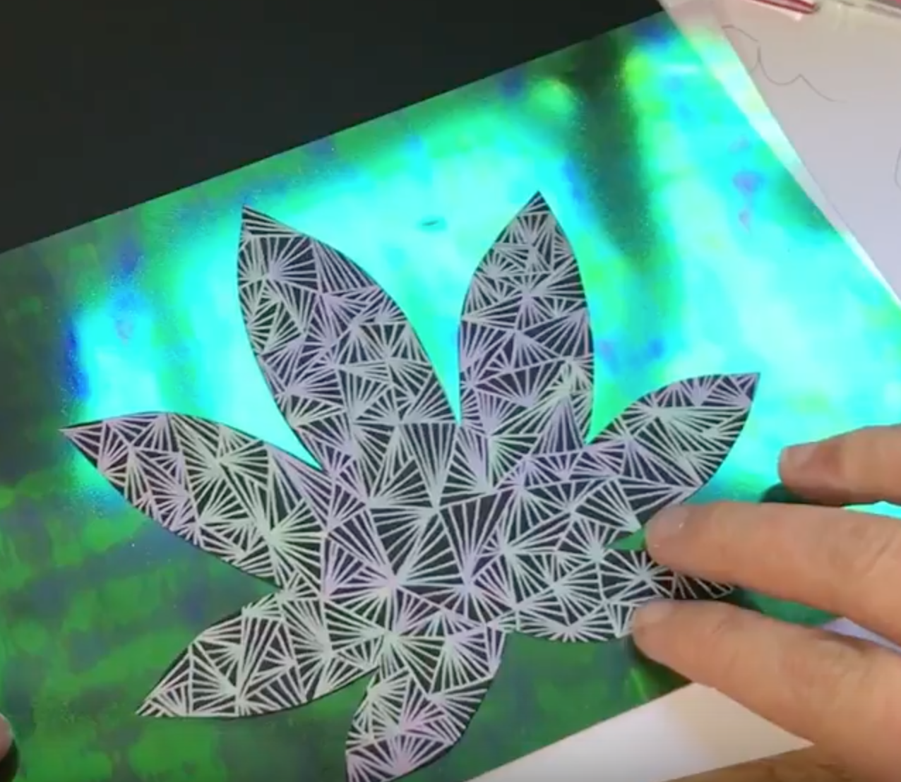 Tutorial for Marijuana Leaf Wall Art Tutorial: Stoner Crafts
