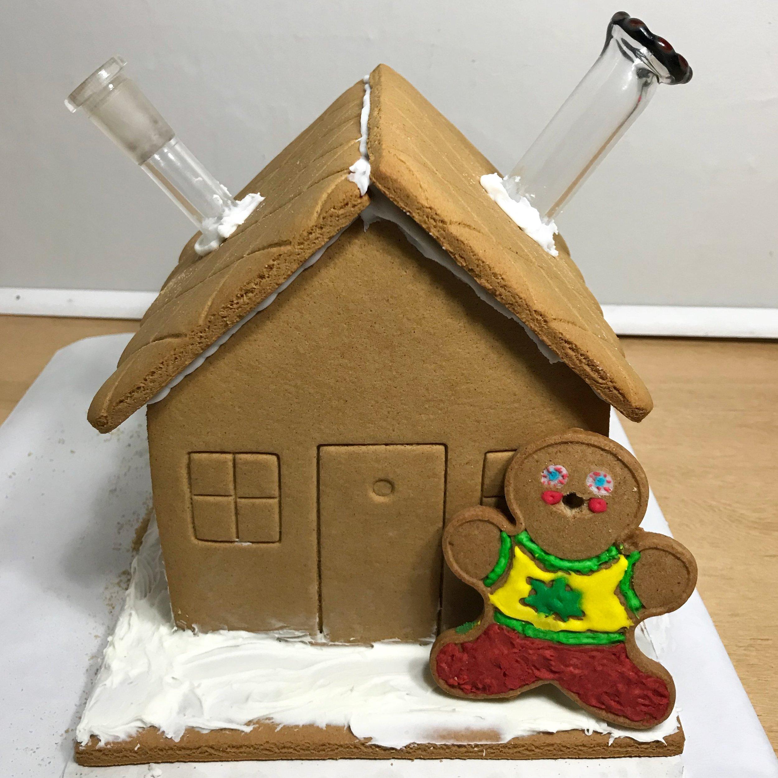 Stoner Christmas- Gingerbread House Bong