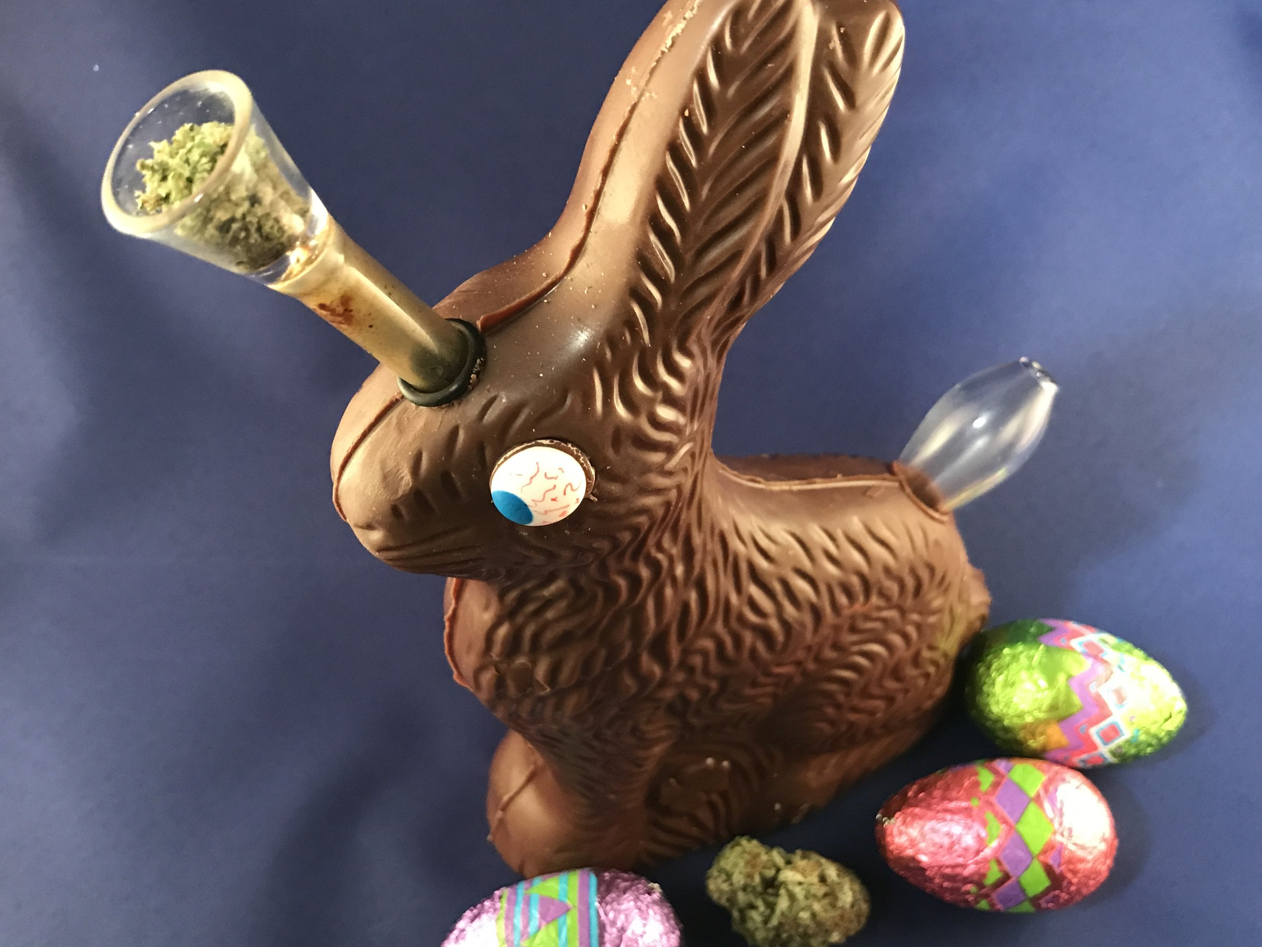 Chocolate Easter Bunny Pipe: Stoner Food Pipe