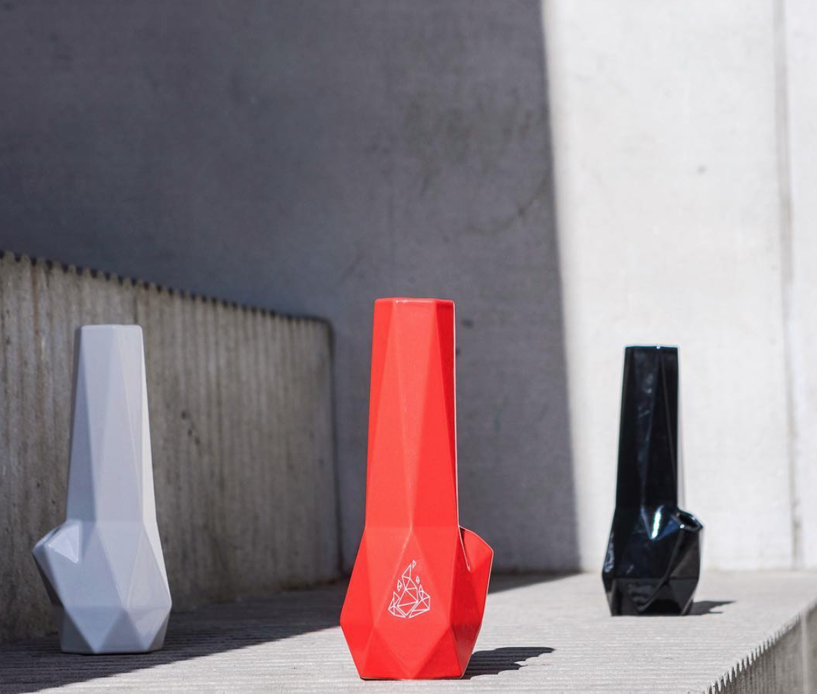 Discount for Hexagon Bong by Brnt