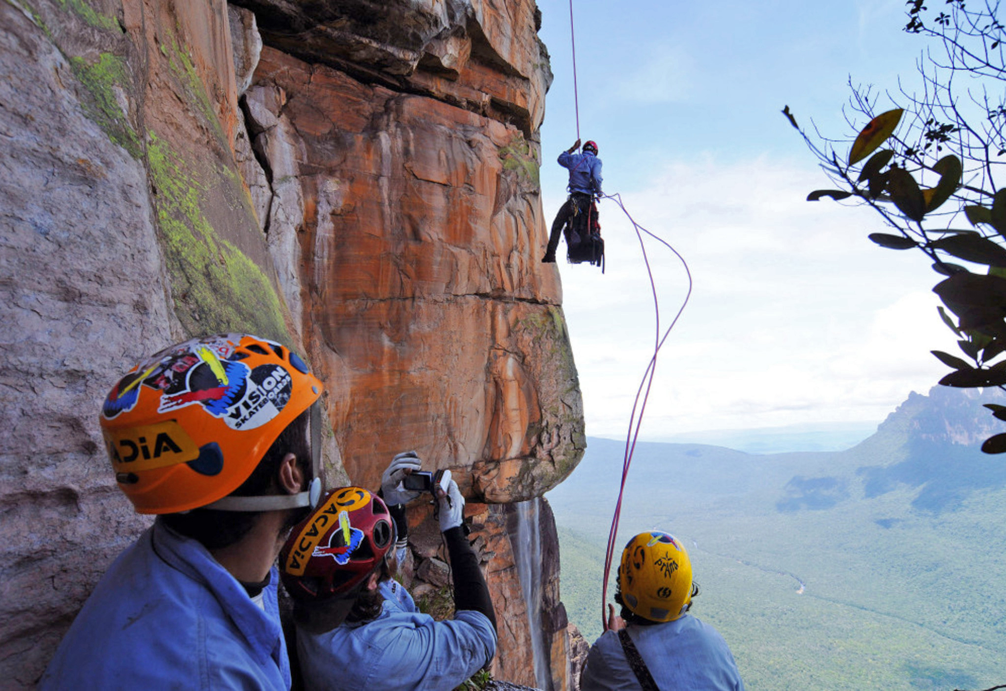 Rappelling down Angel Falls, Venezuela by Geronimo Serrano