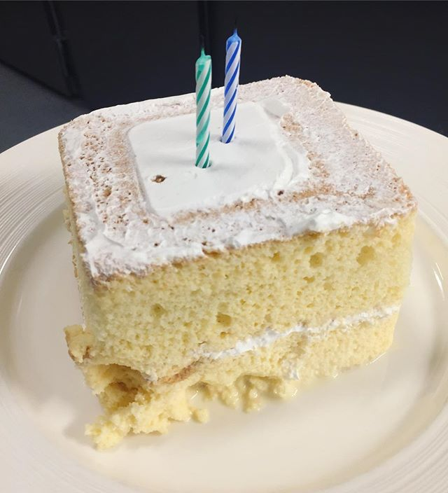 Thanks to @riderseattle crew for getting me this tres leches cake for my birthday. I love y'all🙏🏼😊🙏🏼 #35stillalive
