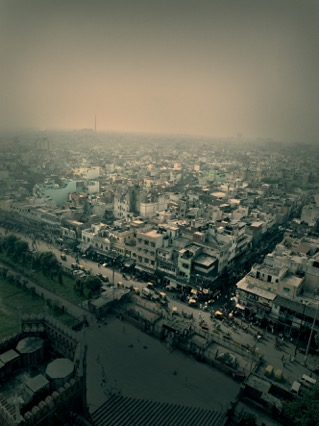 Andreas_H_Bitesnich_View_over_Delhi_India_2007.jpeg