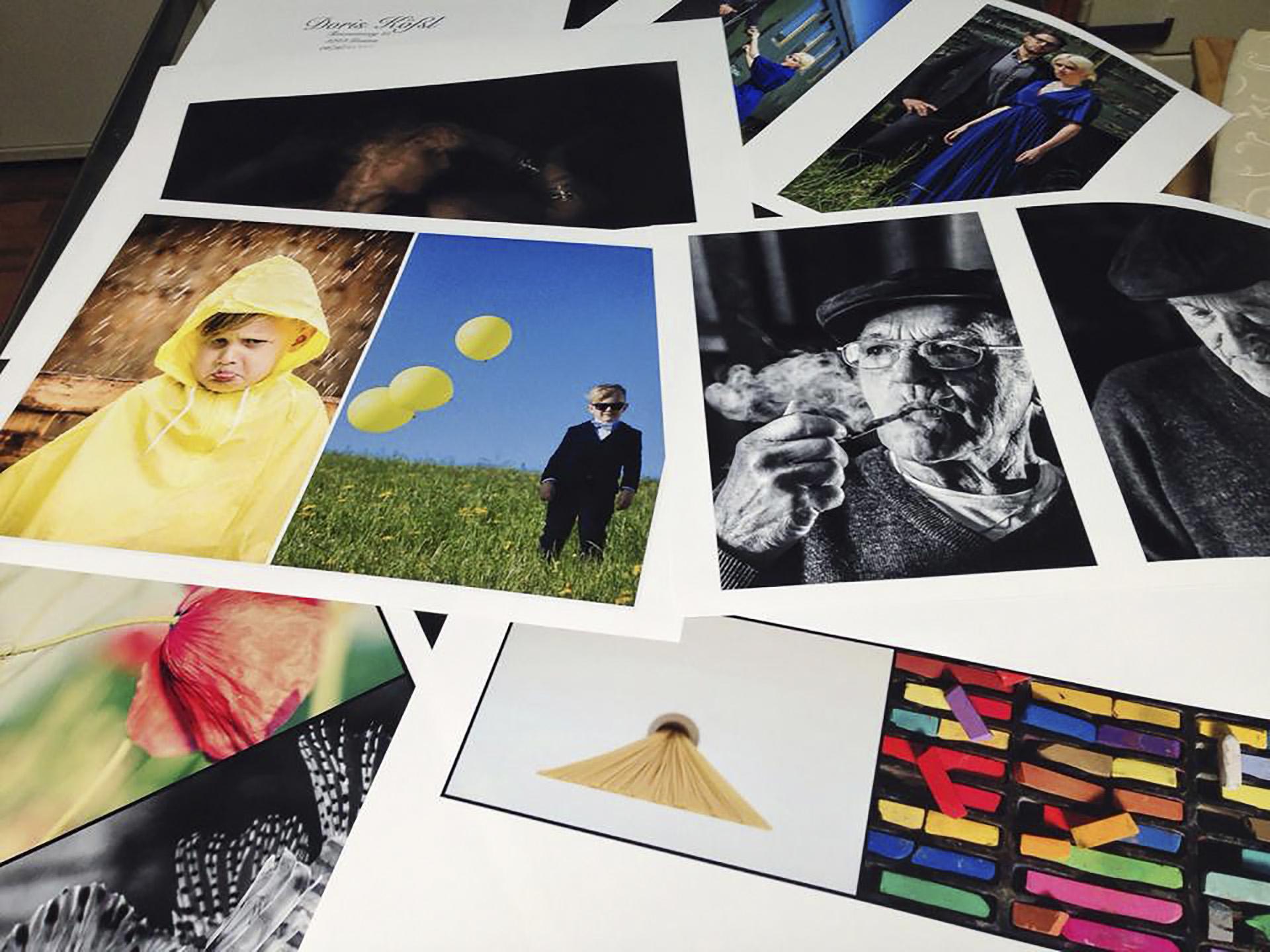 Fotos der Absolventinnen der LIK Akademie für Foto und Design GmbH