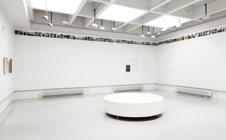 Installation image, Photo Centre Peri