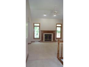 """Other"" agents Living Room Photo. Notice how small and out of focus."