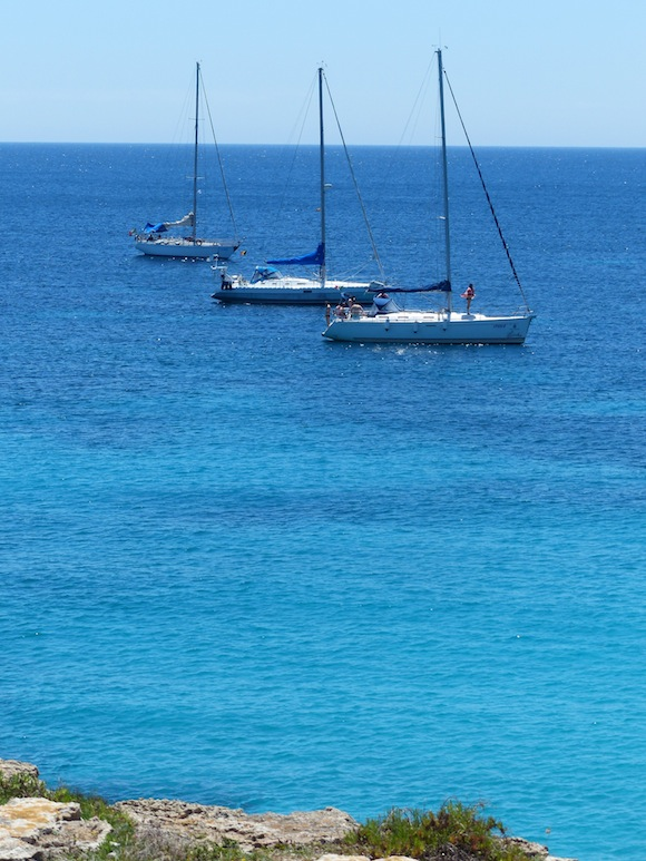 fav-beach2-boats-blue.jpg