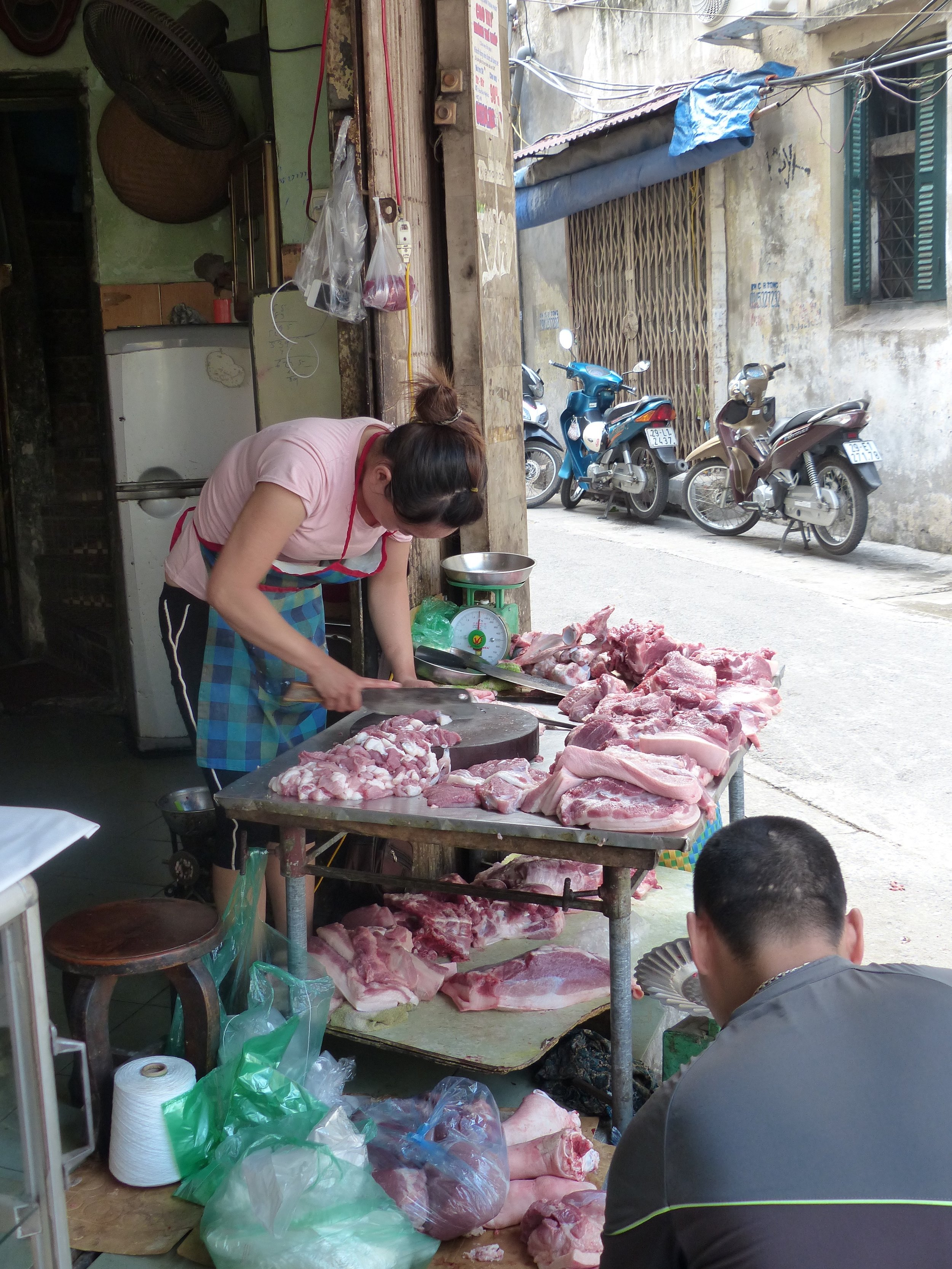 Streetside butchery bears no resemblance to the  macellerias  in Italy.
