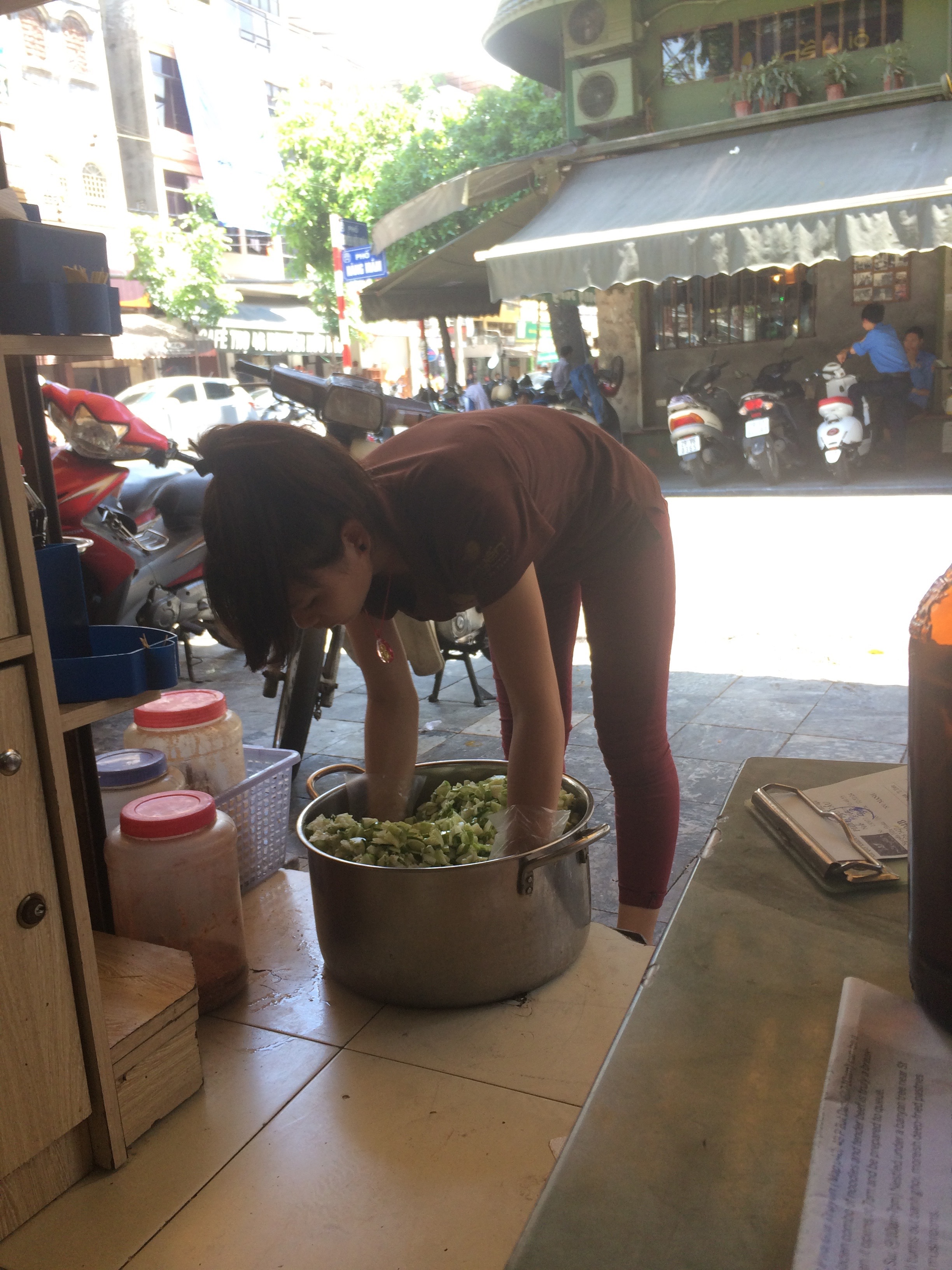 Making sauce in the street.