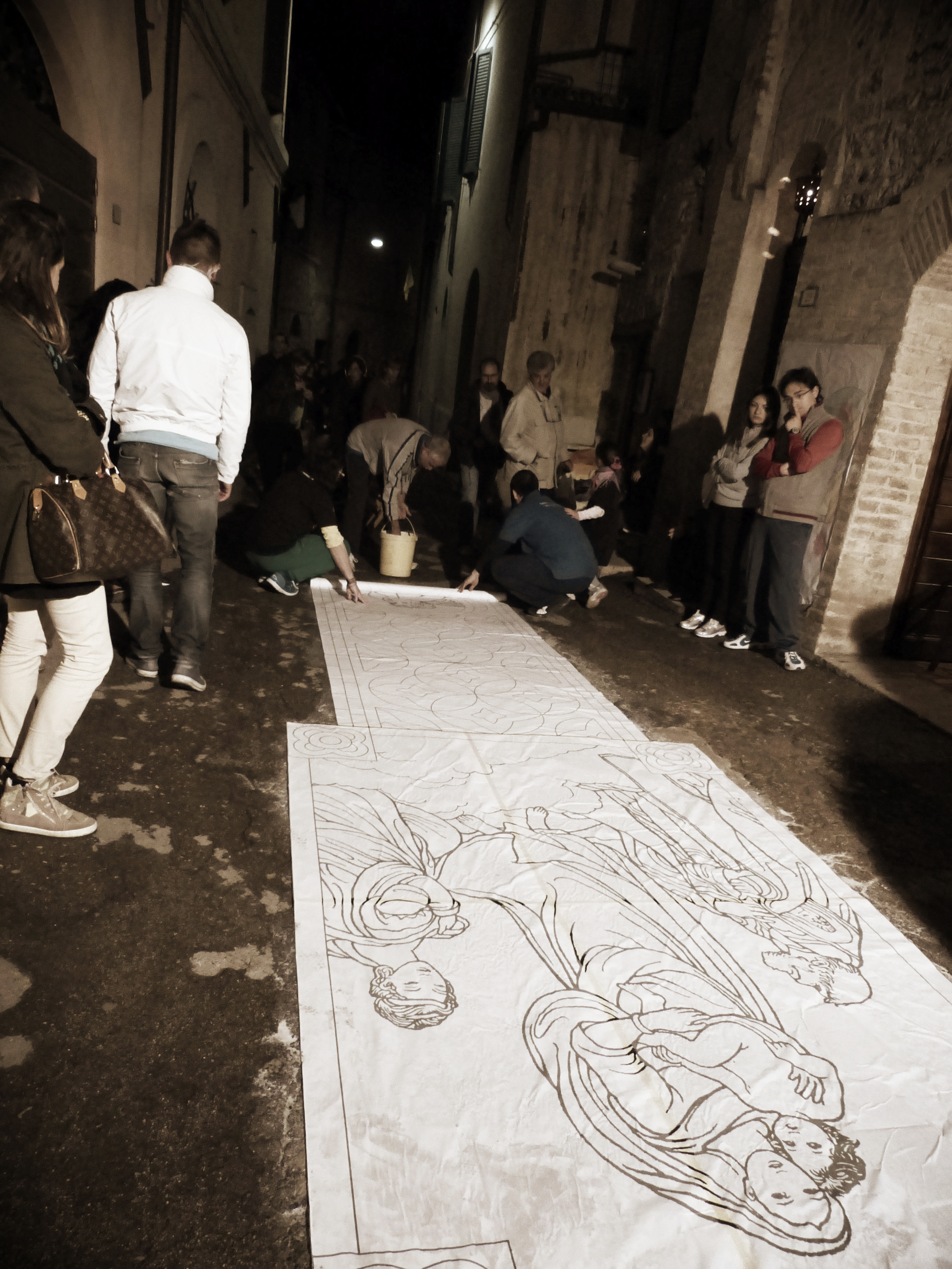 Template down for Infiorata in Spello, Umbria