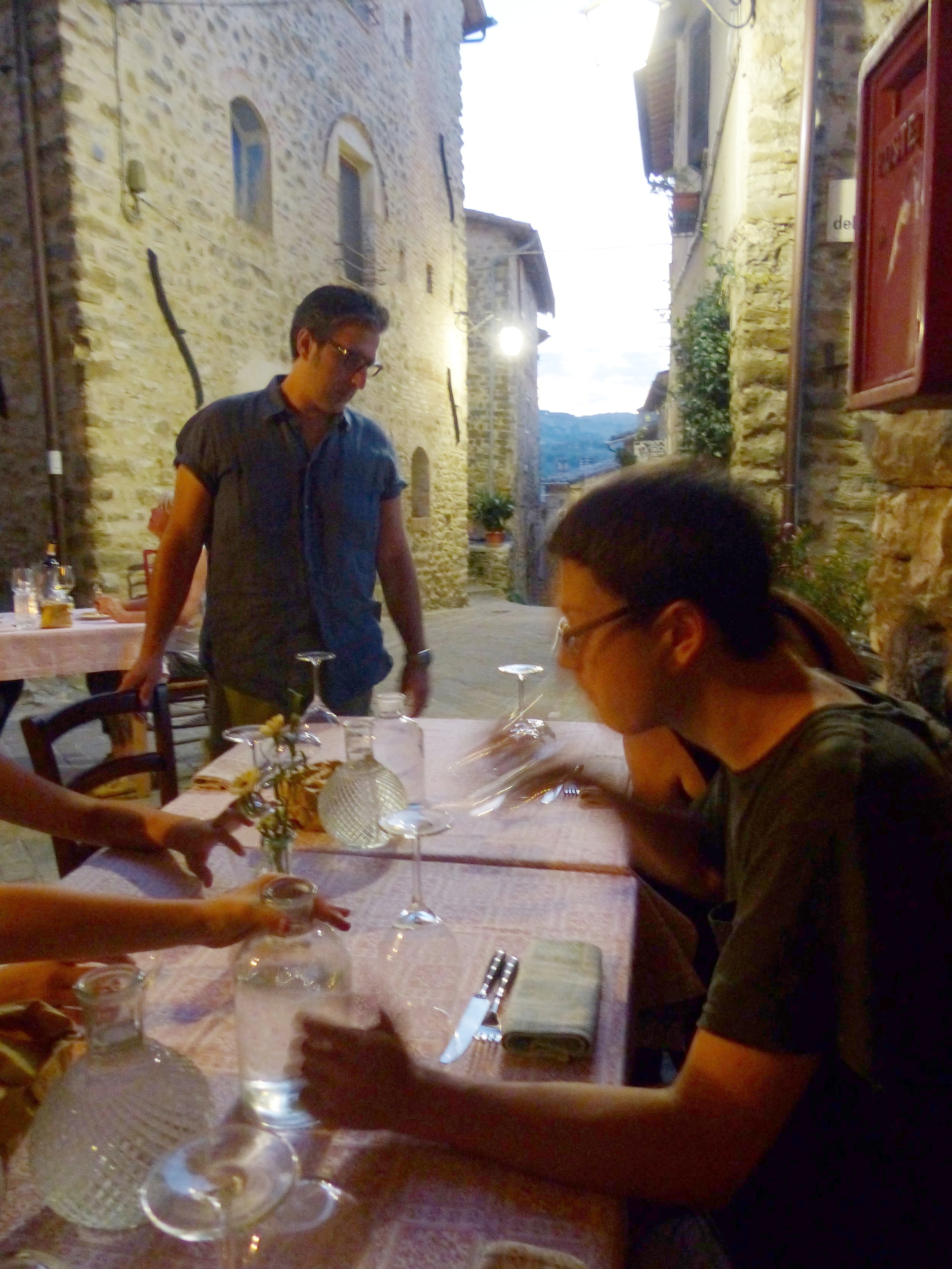 Dining outside Serpillo, Bevagna, umbria