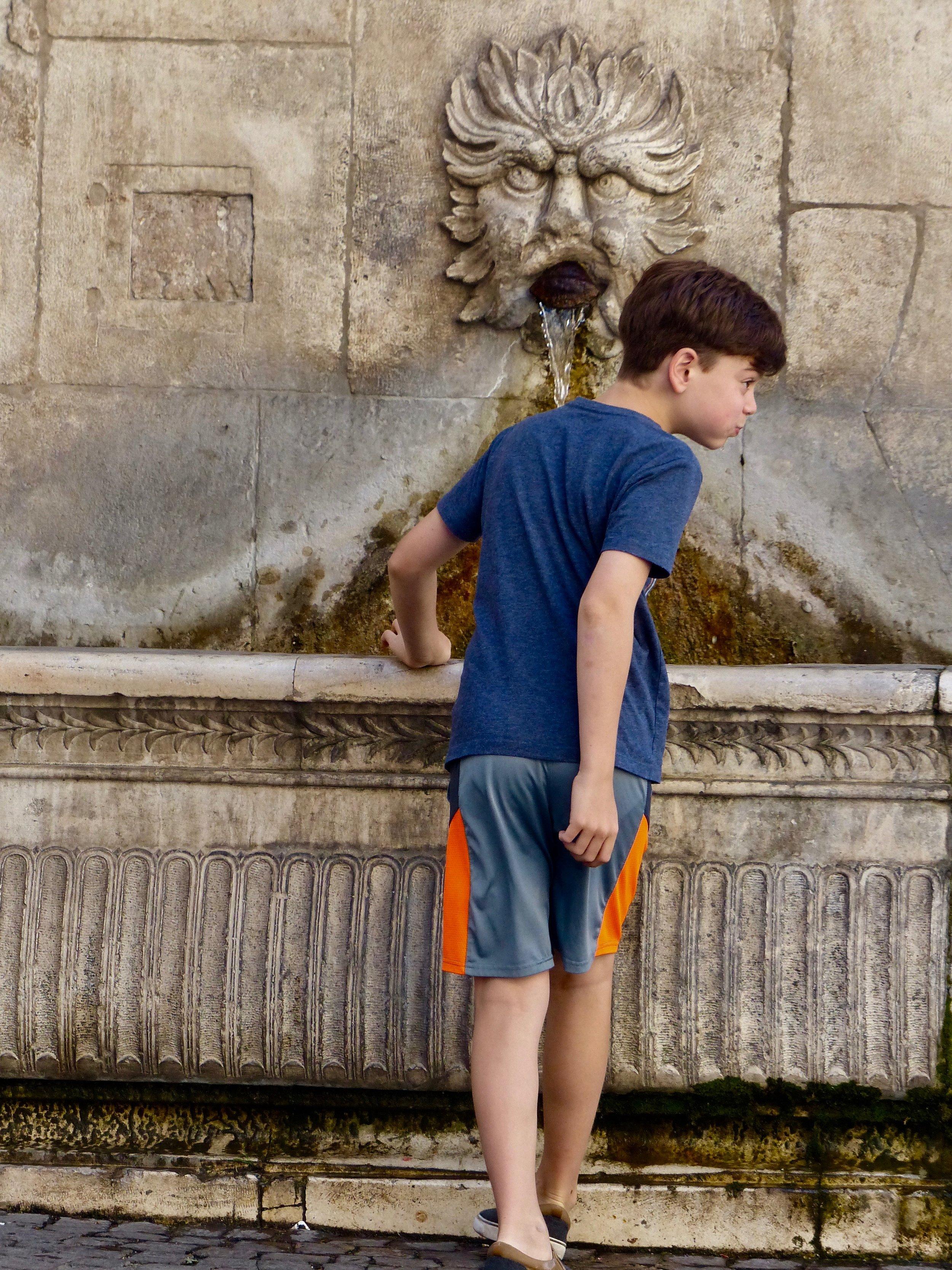sulmona-fountain-Gabe.jpg