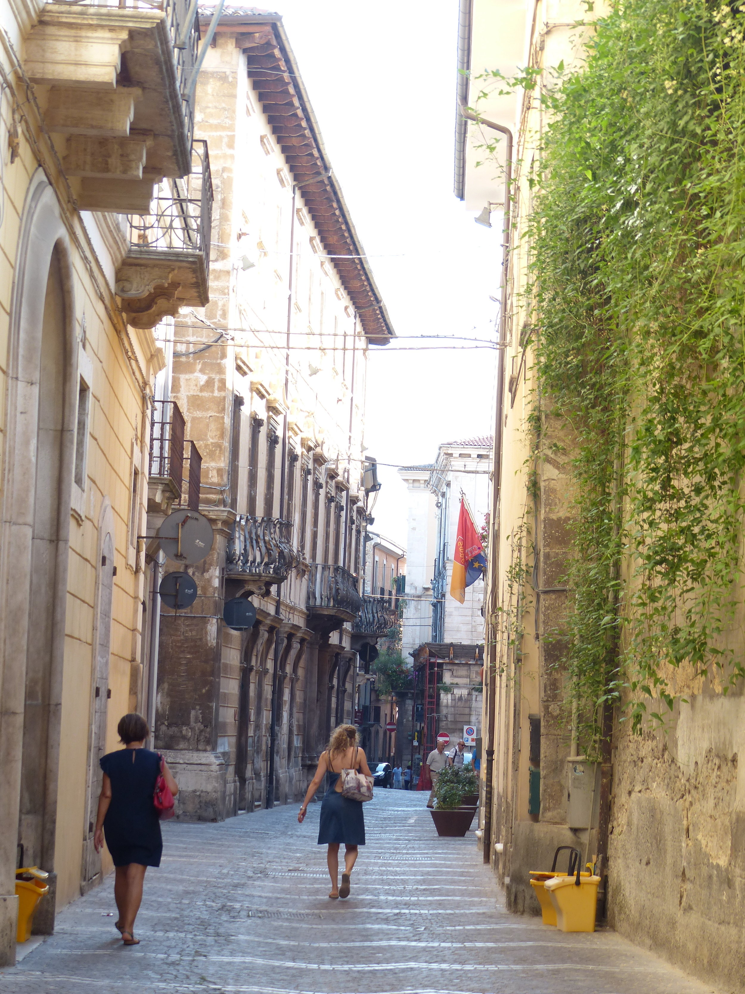 sulmona-street41.JPG