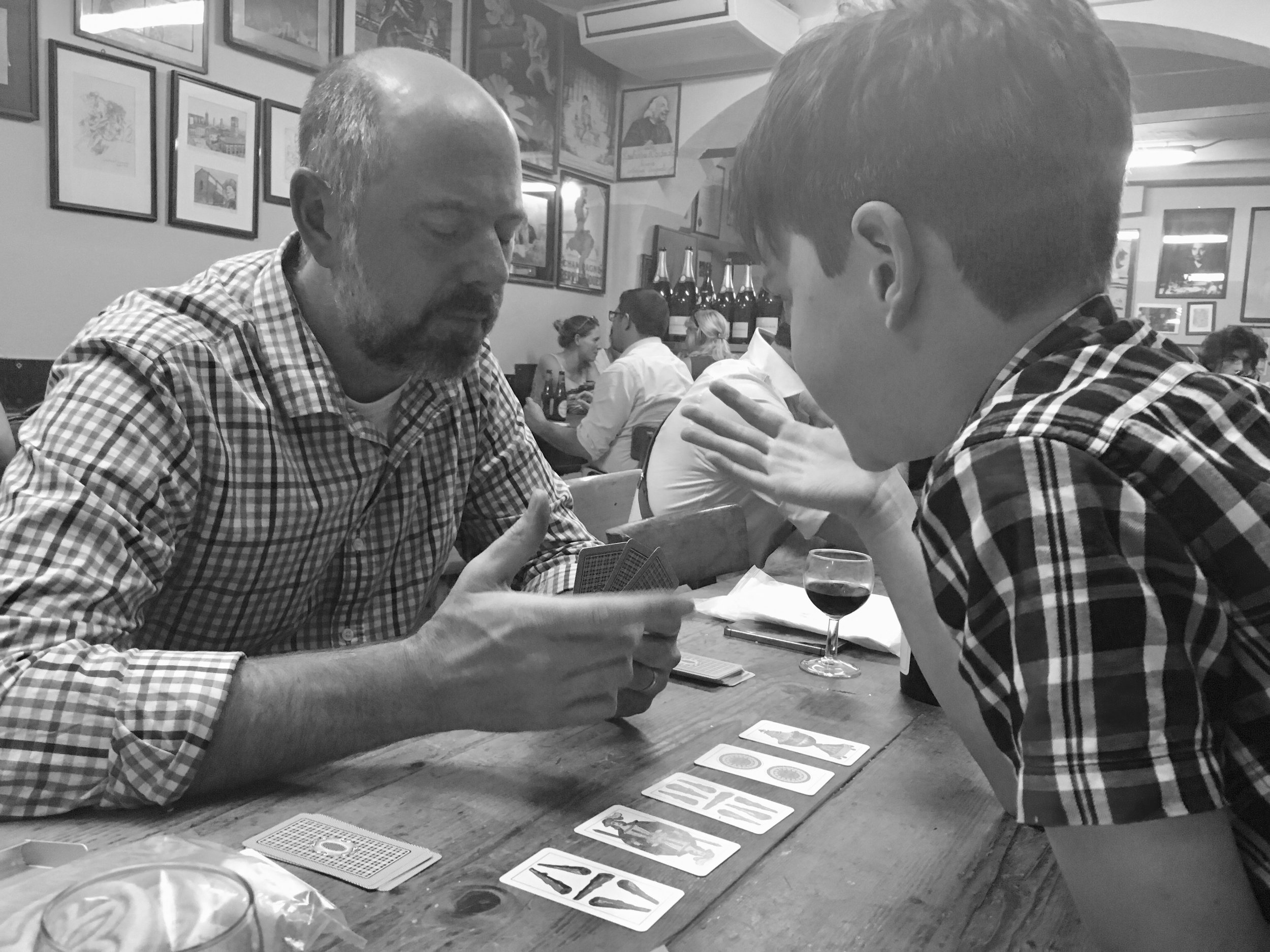 Playing scopa with Lambrusco