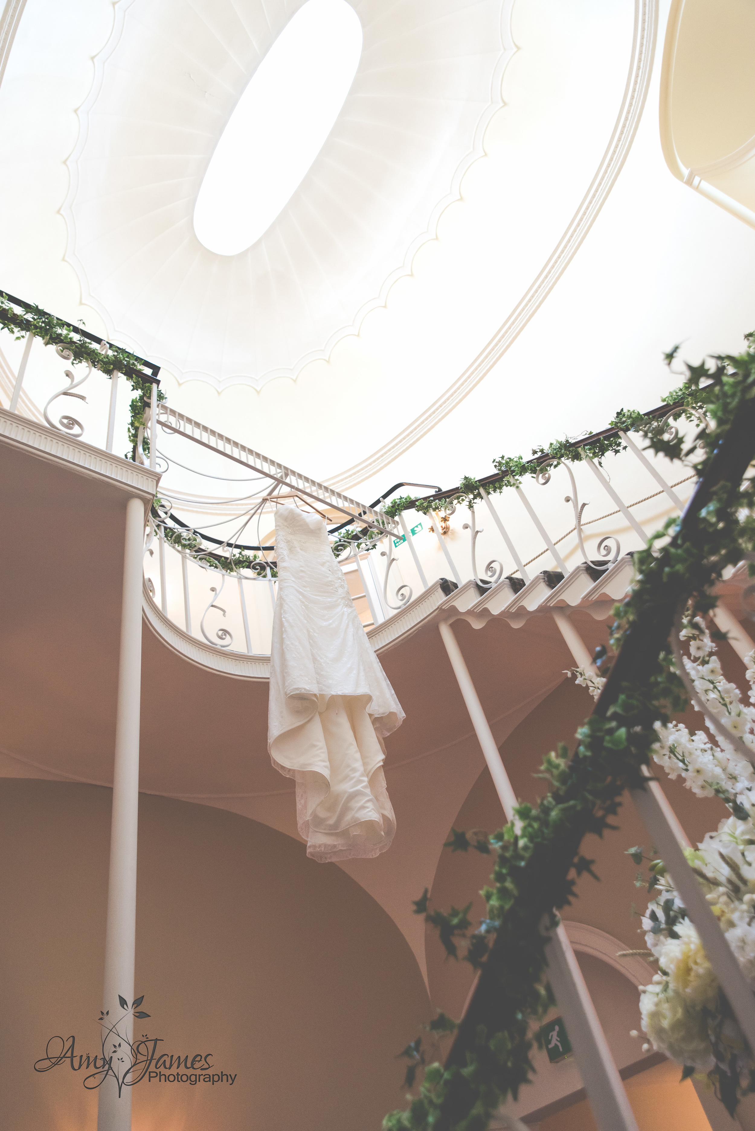 Fleet wedding photographer / Highfield Park wedding