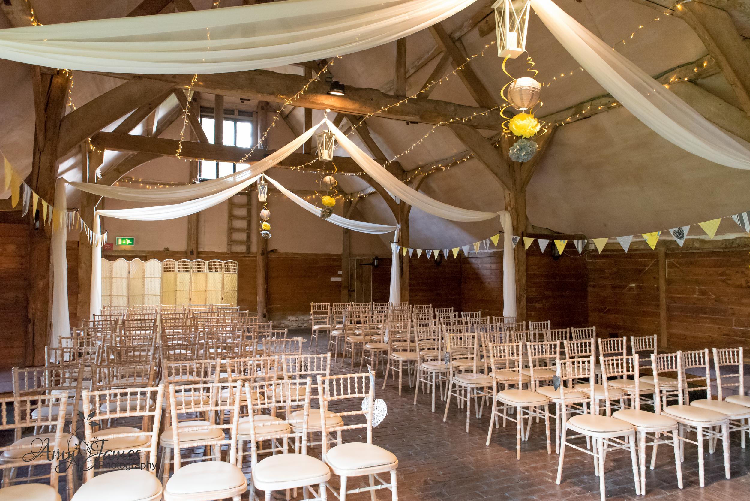 Fleet wedding photographer / lains barn wedding