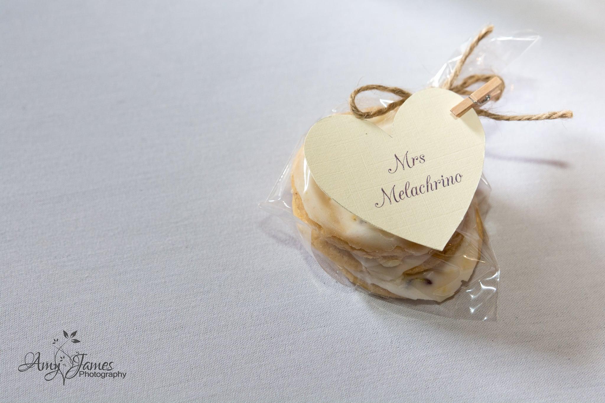 Hamphire wedding photographer / Barn wedding