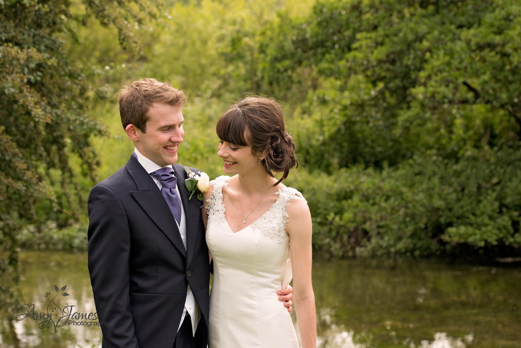 Hampshire wedding phoptographer / Barn wedding
