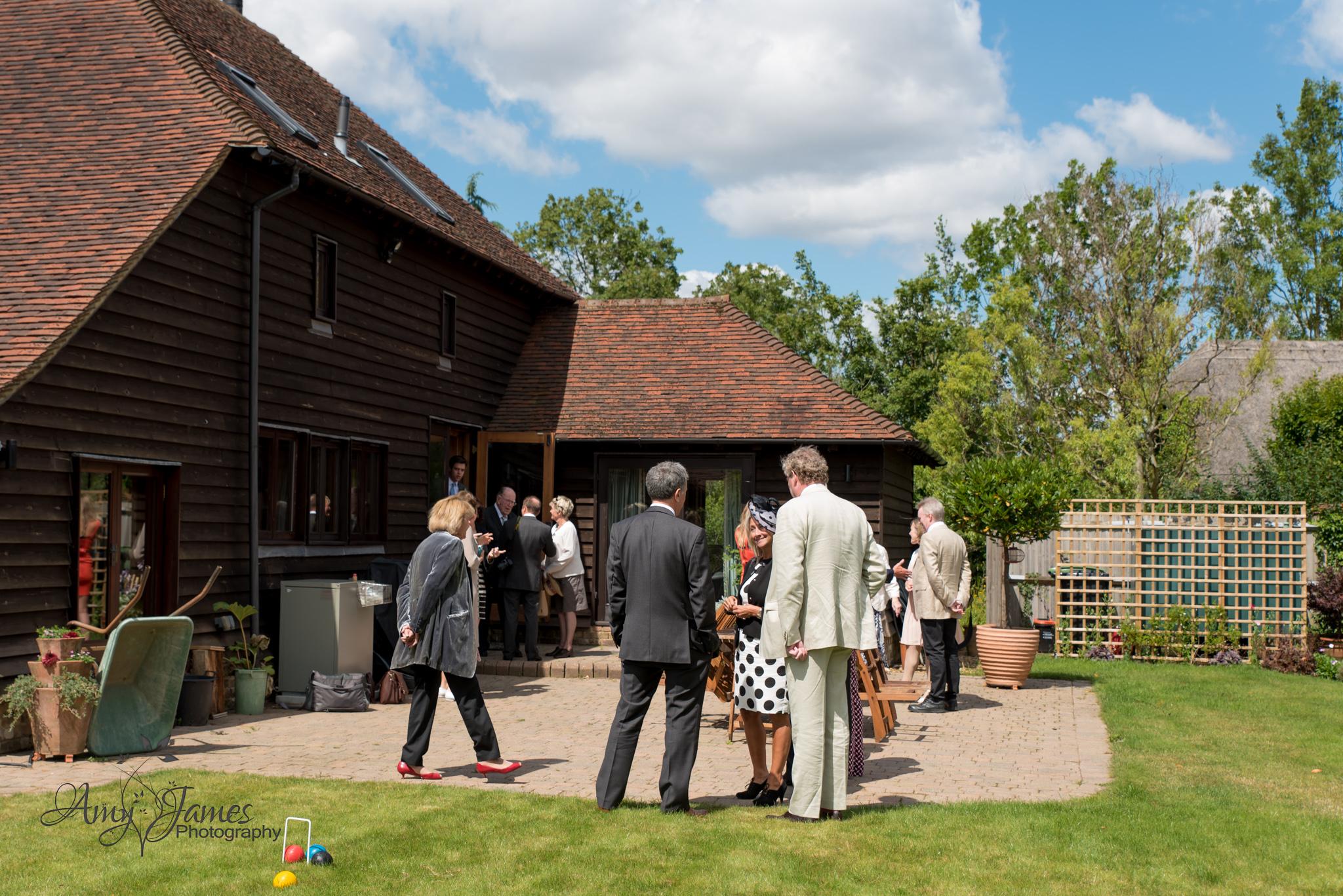Hampshire wedding photogrpaher // Fleet wedding photographer // Countryside wedding
