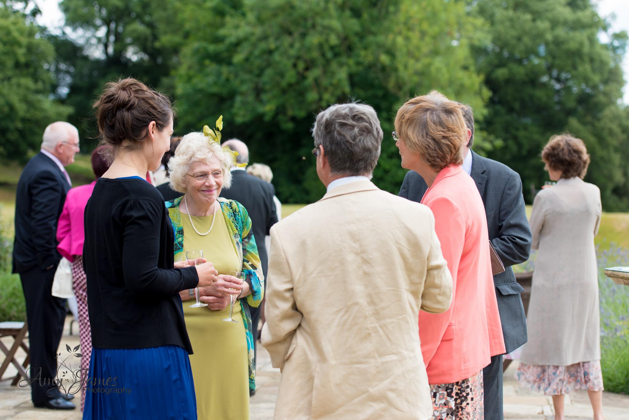 Hampshire wedding photographer // Fleet wedding photographer // Countryside wedding // Boughton Monchelsea wedding