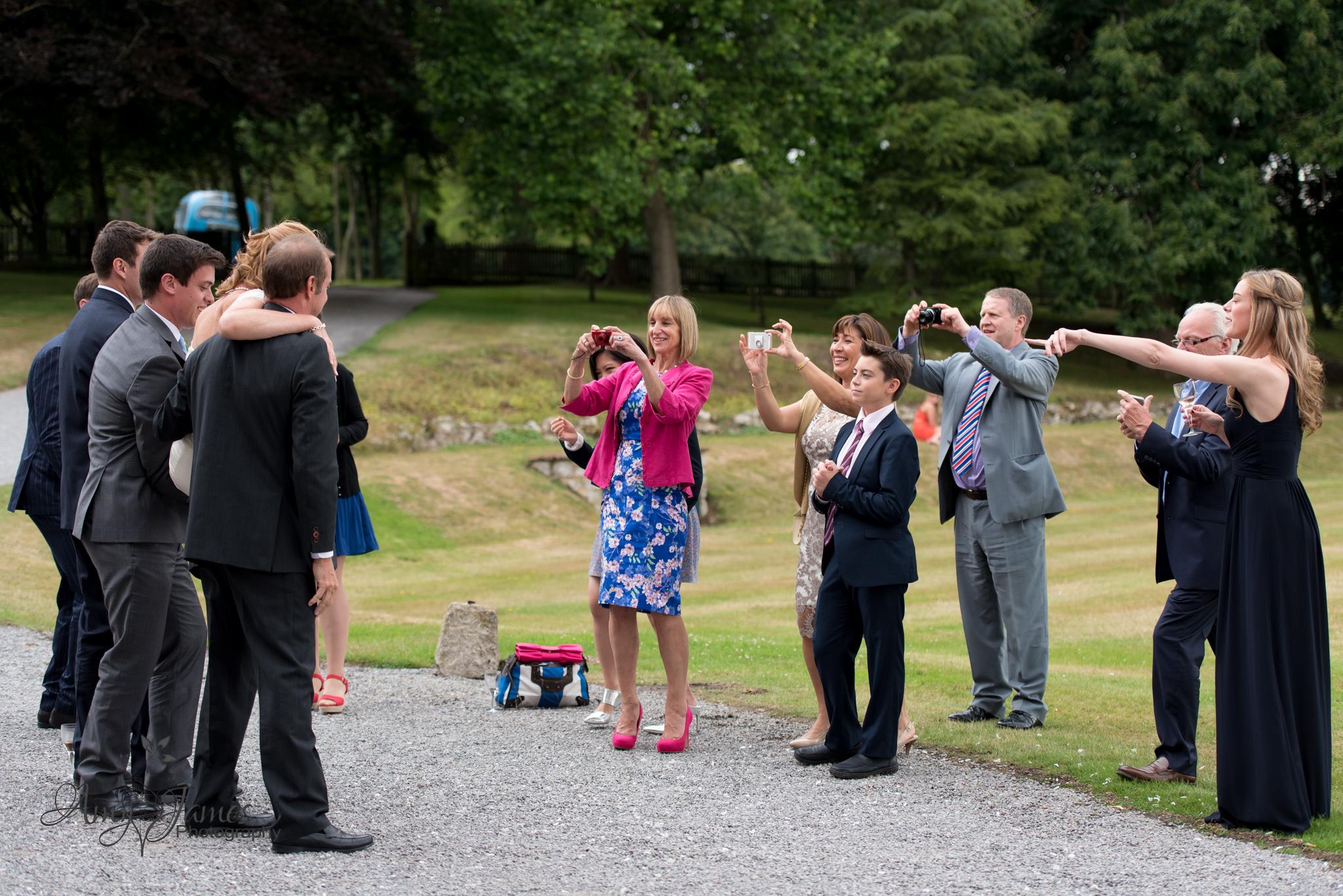Hampshire wedding photogapher / Fleet wedding photographer