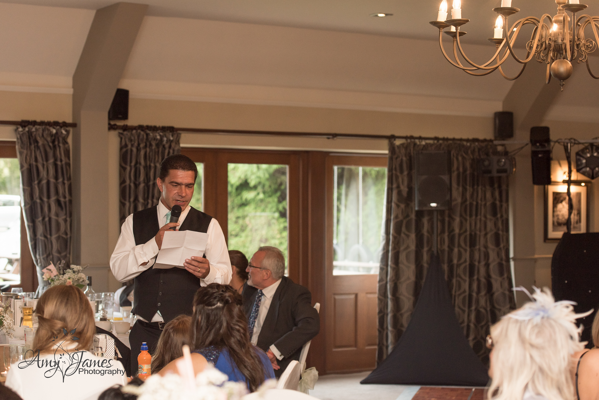 Hampshire wedding photographer (74 of 105).jpg