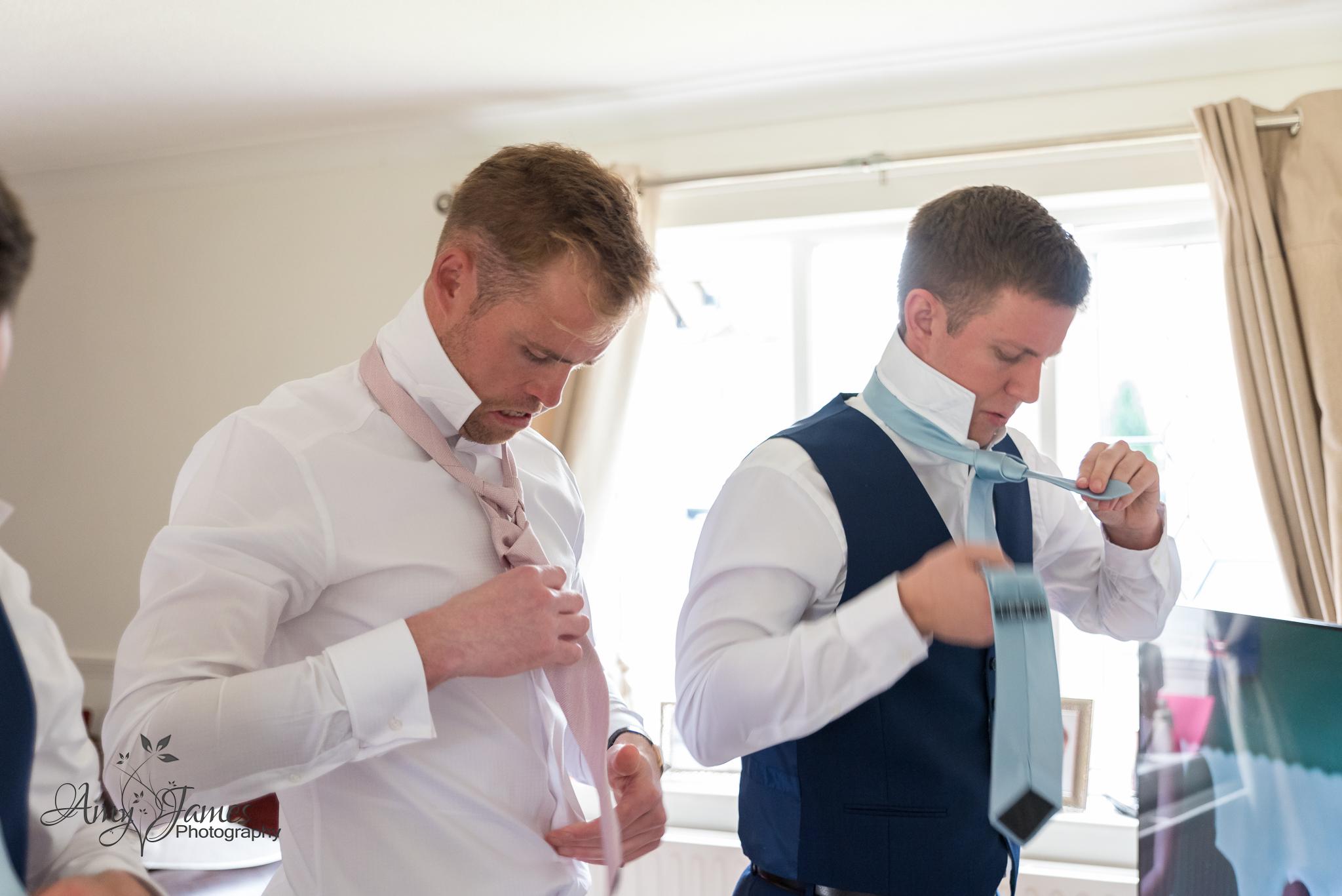 Fleet wedding photographer / Hampshire wedding photographer / Warbrook House wedding / Aldershot garrison wedding