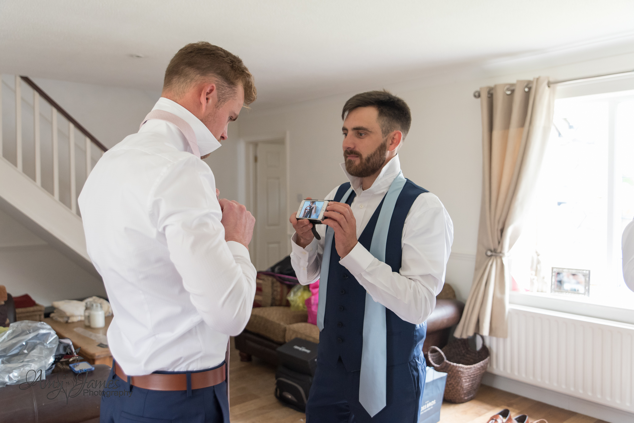 Fleet wedding photographer / Hampshire wedding photographer / Warbrook House wedding