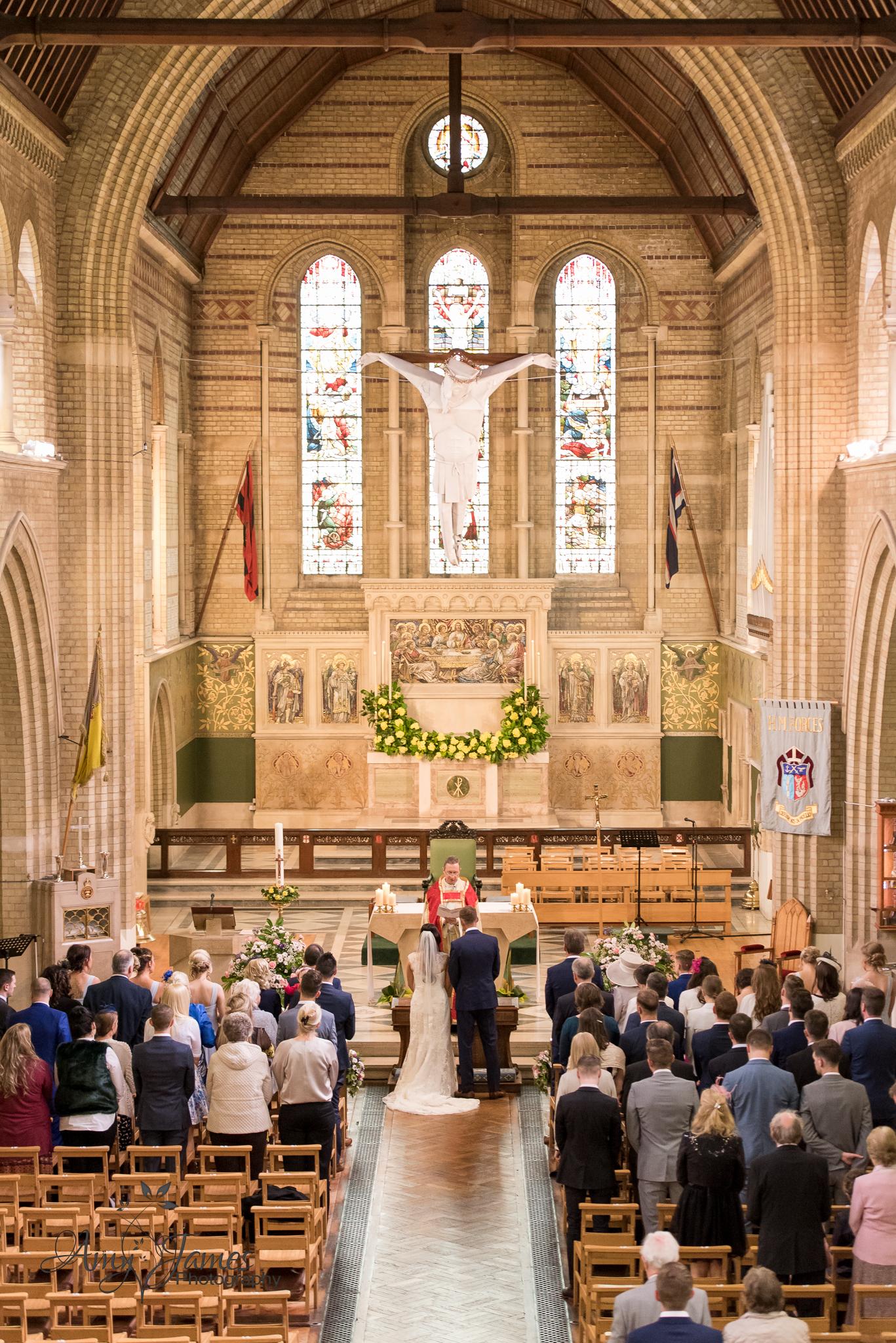 Hampshire wedding photographer // FLeet wedding photographer // Warbrook House wedding photographer // Aldershot Garrison wedding