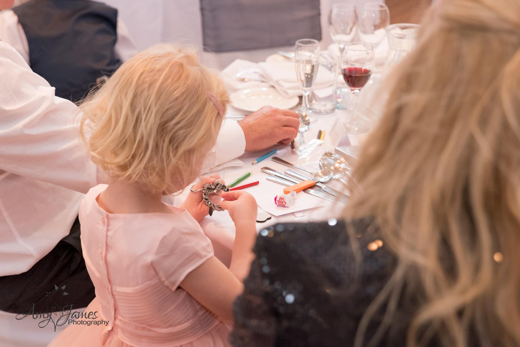 Hampshire wedding photogrpaher // Fleet wedding photographer // Warbrook House wedding photographer