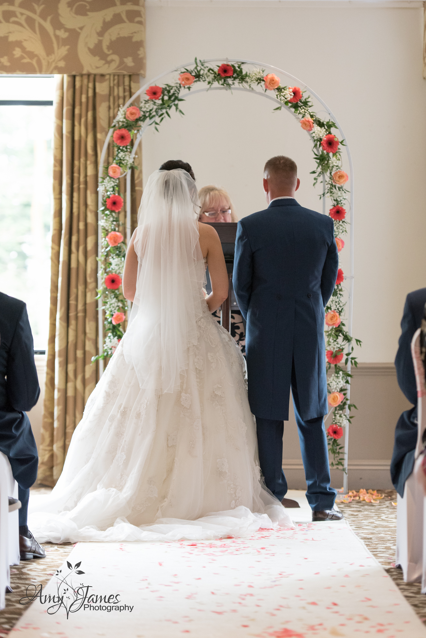 Hampshire wedding photographer // Fleet wedding photographer