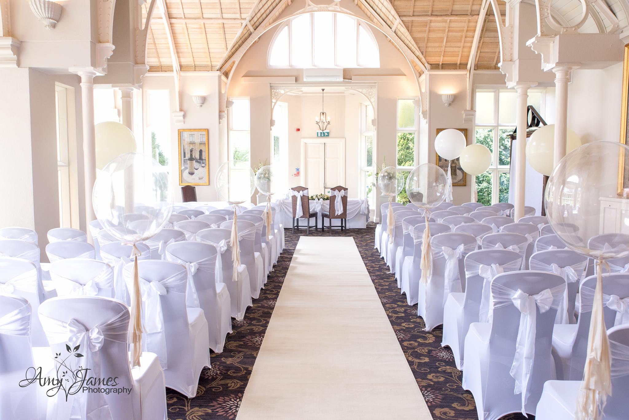 Amy James Photography // Wedding photographer Hampshire // Hampshire wedding venues // Fleet wedding photographer // Audleys Wood Hotel wedding