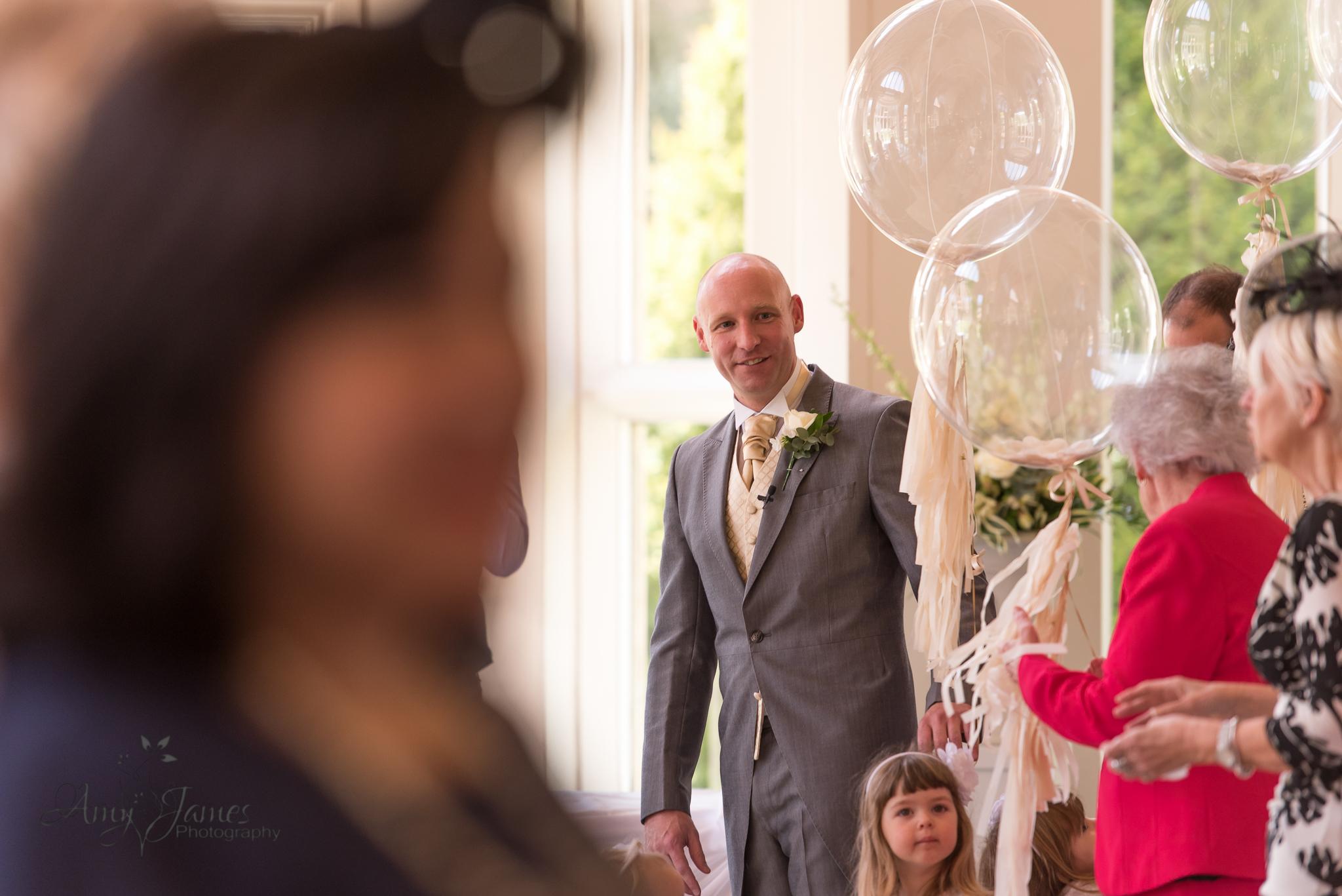 Wedding photographer Hampshire // Hampshire Wedding venues // Surrey Wedding Venues // Basingstoke Wedding