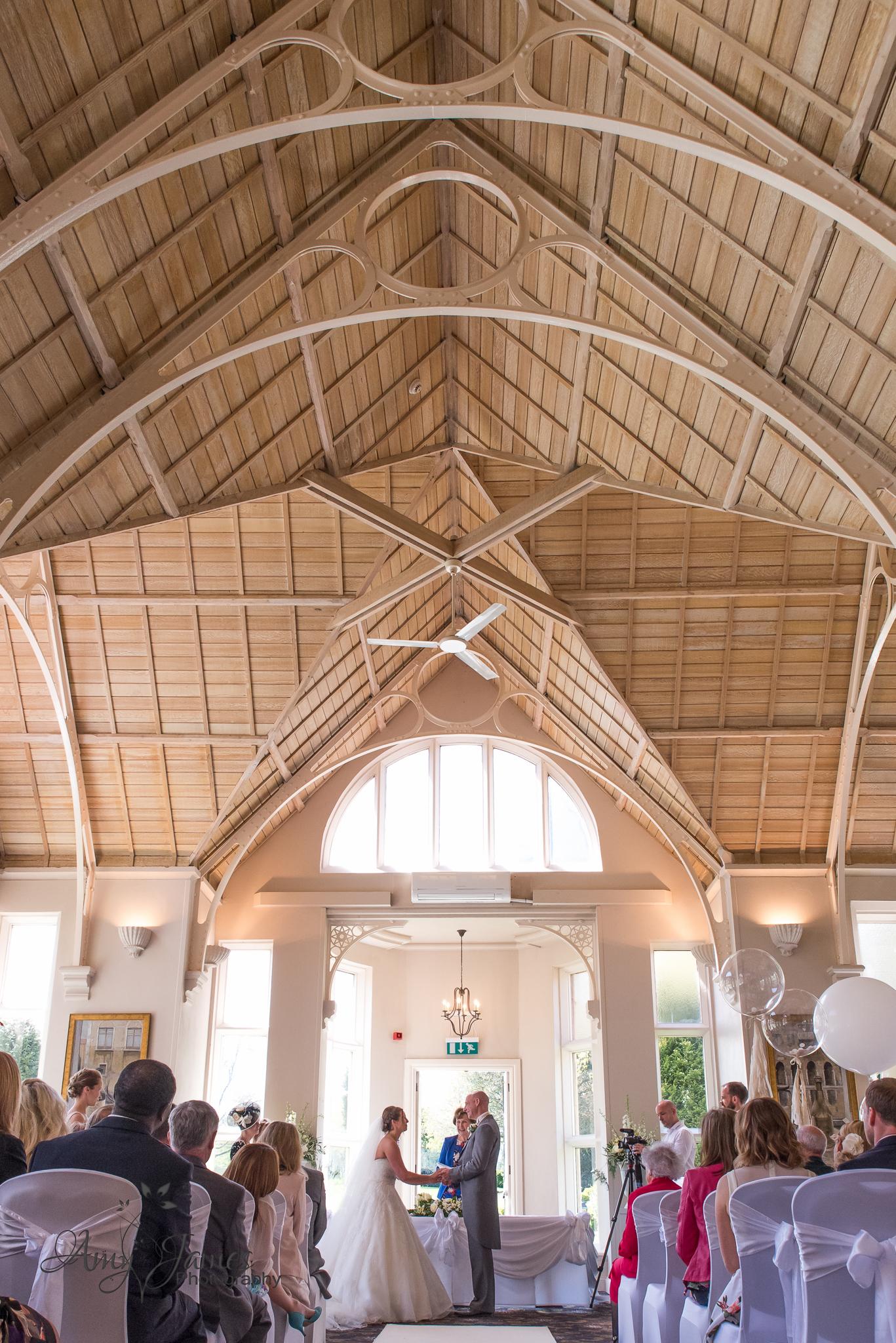 Amy James Photography //Hampshire Wedding Photographer // Hampshire Wedding Venues // Surrey Wedding Venues// Basingstoke Wedding // Audleys Wood Hotel Wedding