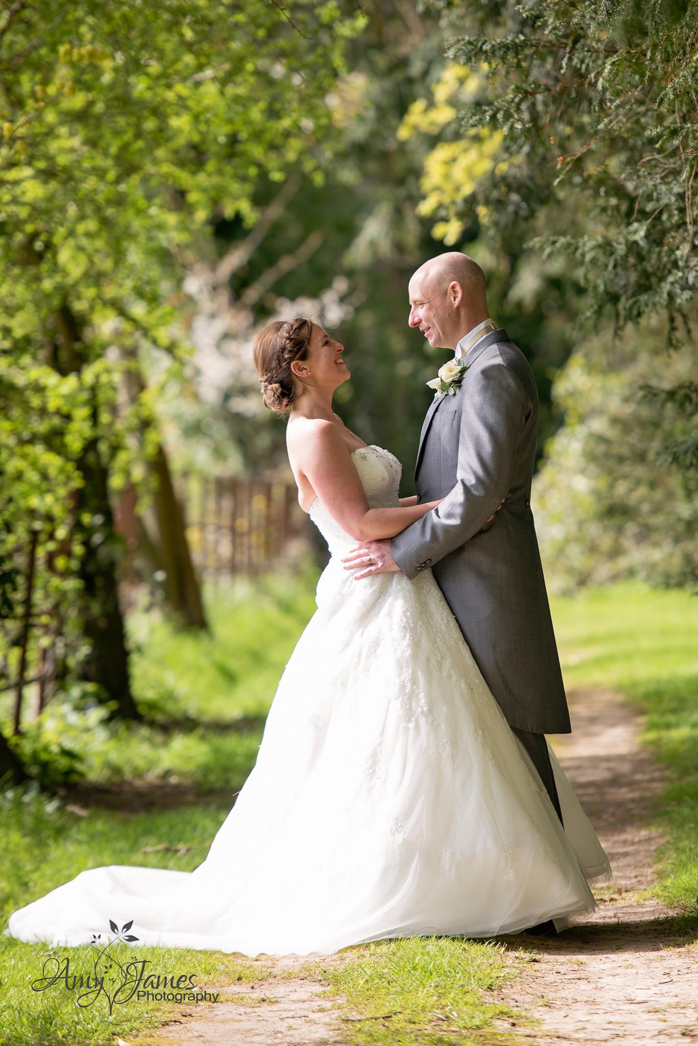 Amy James Photography / Wedding Photographer Hampshire / Hampshire wedding venues // Basingstoke Wedding / Audleys Wood Hotel wedding