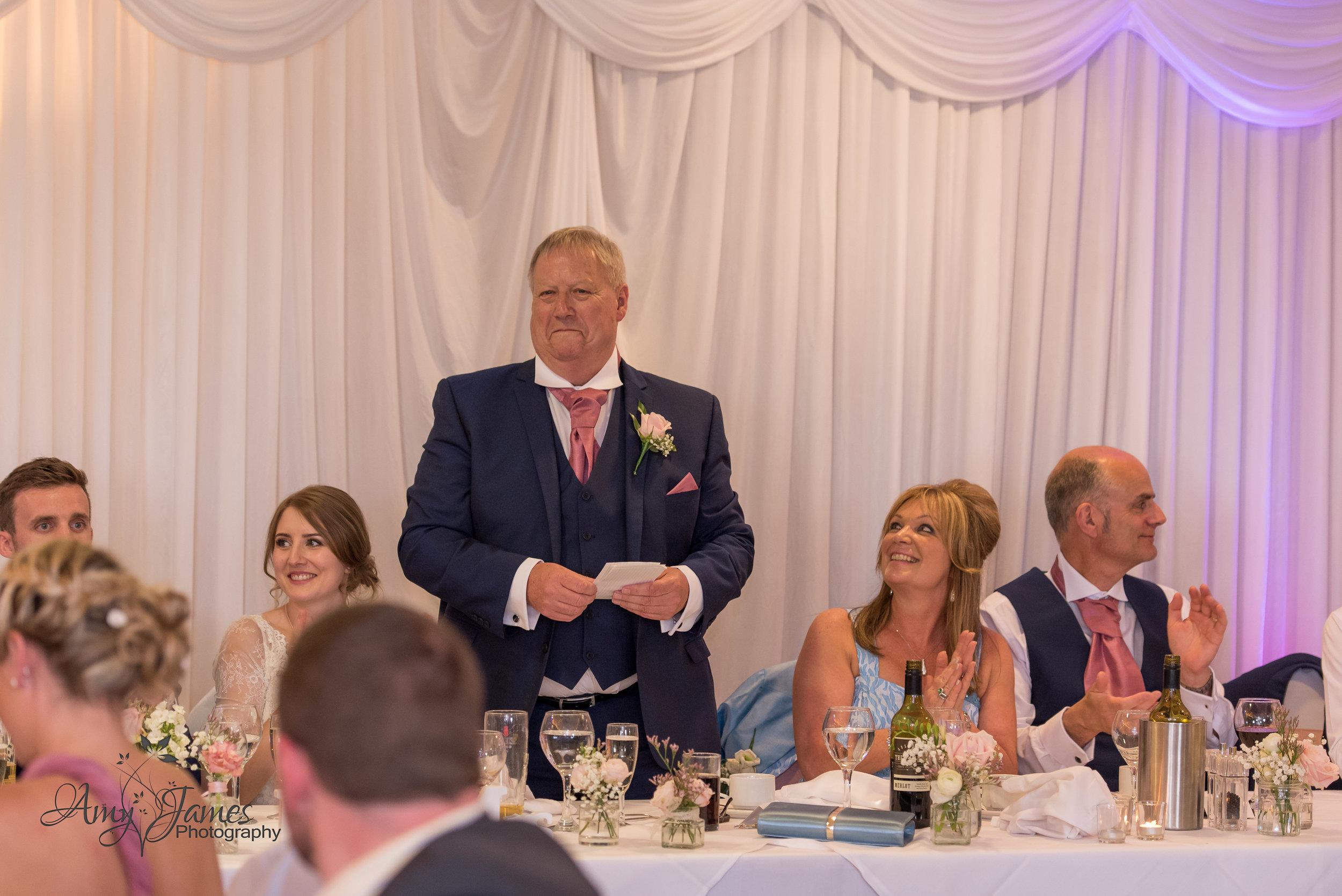 Hampshire wedding Photographer | Fleet wedding photographer | Highfield Park Wedding Photographer | Highfield Park Wedding Venue |Surrey Wedding photographer | Spring Wedding | Amy James Photography | UK outdoor wedding venue